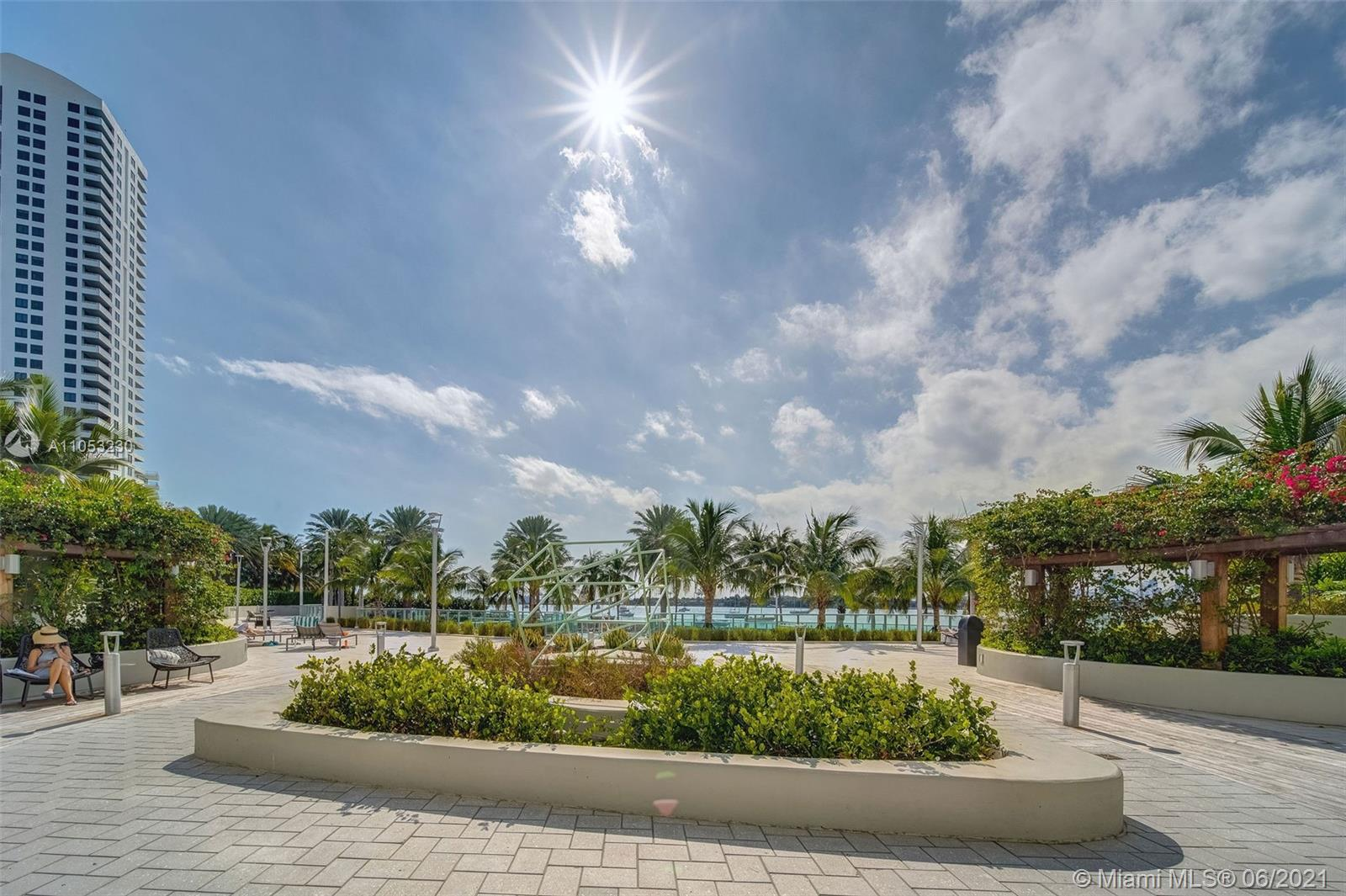 Flamingo South Beach #M-722 - 1500 Bay Rd #M-722, Miami Beach, FL 33139