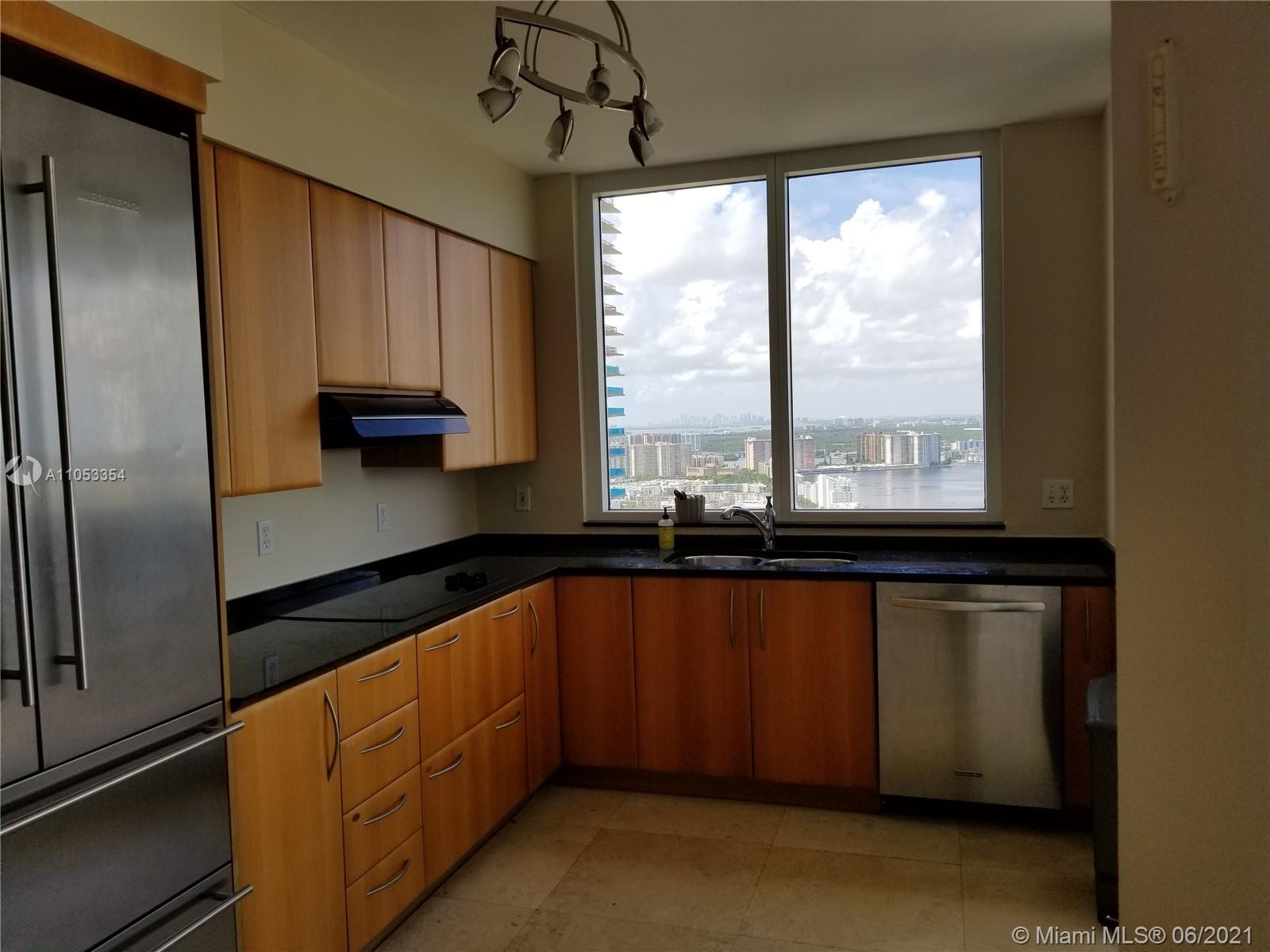19111 Collins Ave #3707 photo09