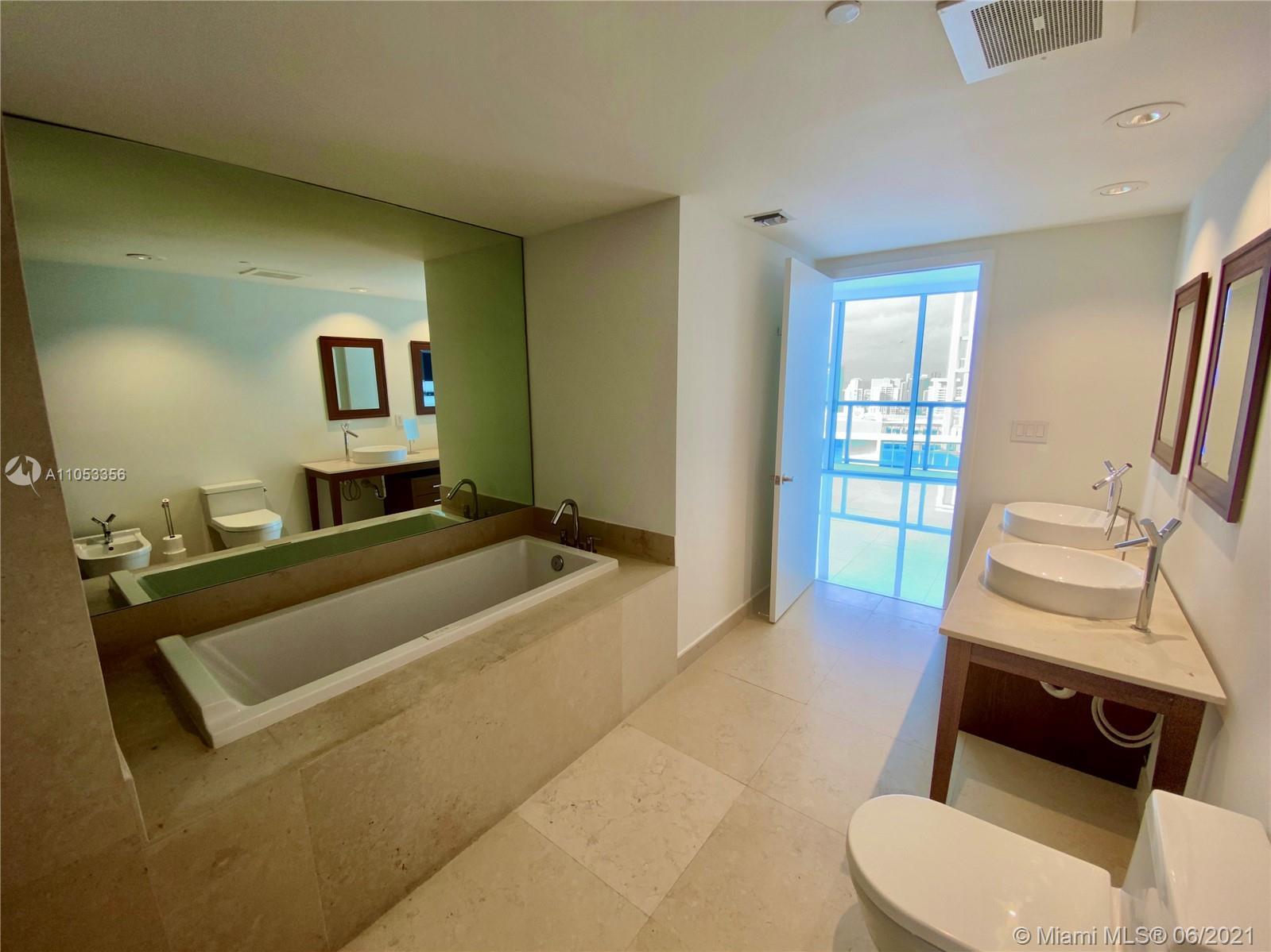 Icon Brickell #PH5710 - 15 - photo
