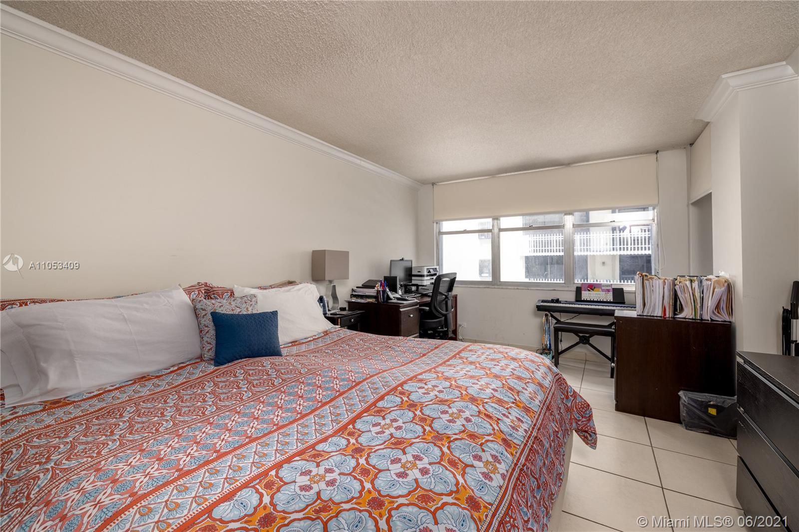 6039 Collins Ave #1507 photo09