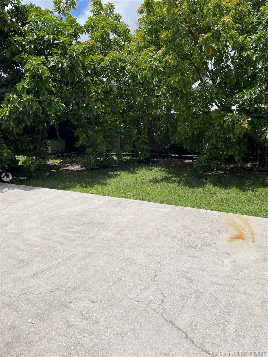 13239 SW 87th Ter photo023