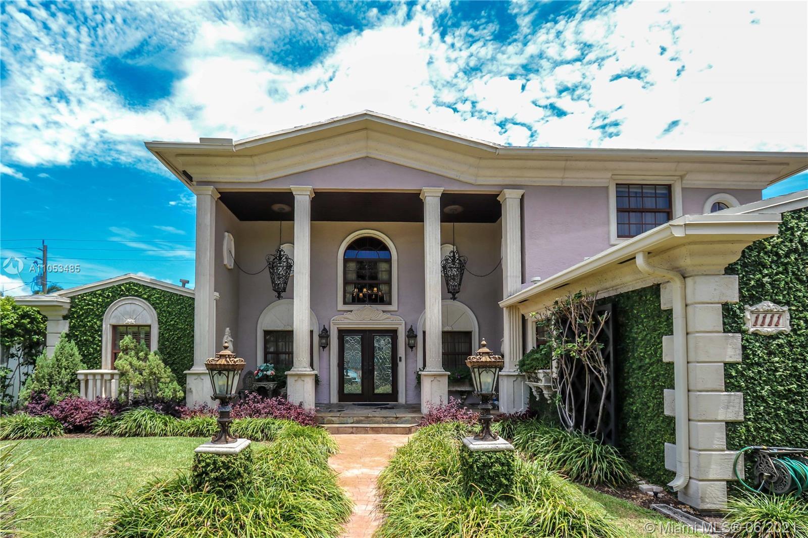 Hollywood Lakes - 1111 Washington St, Hollywood, FL 33019