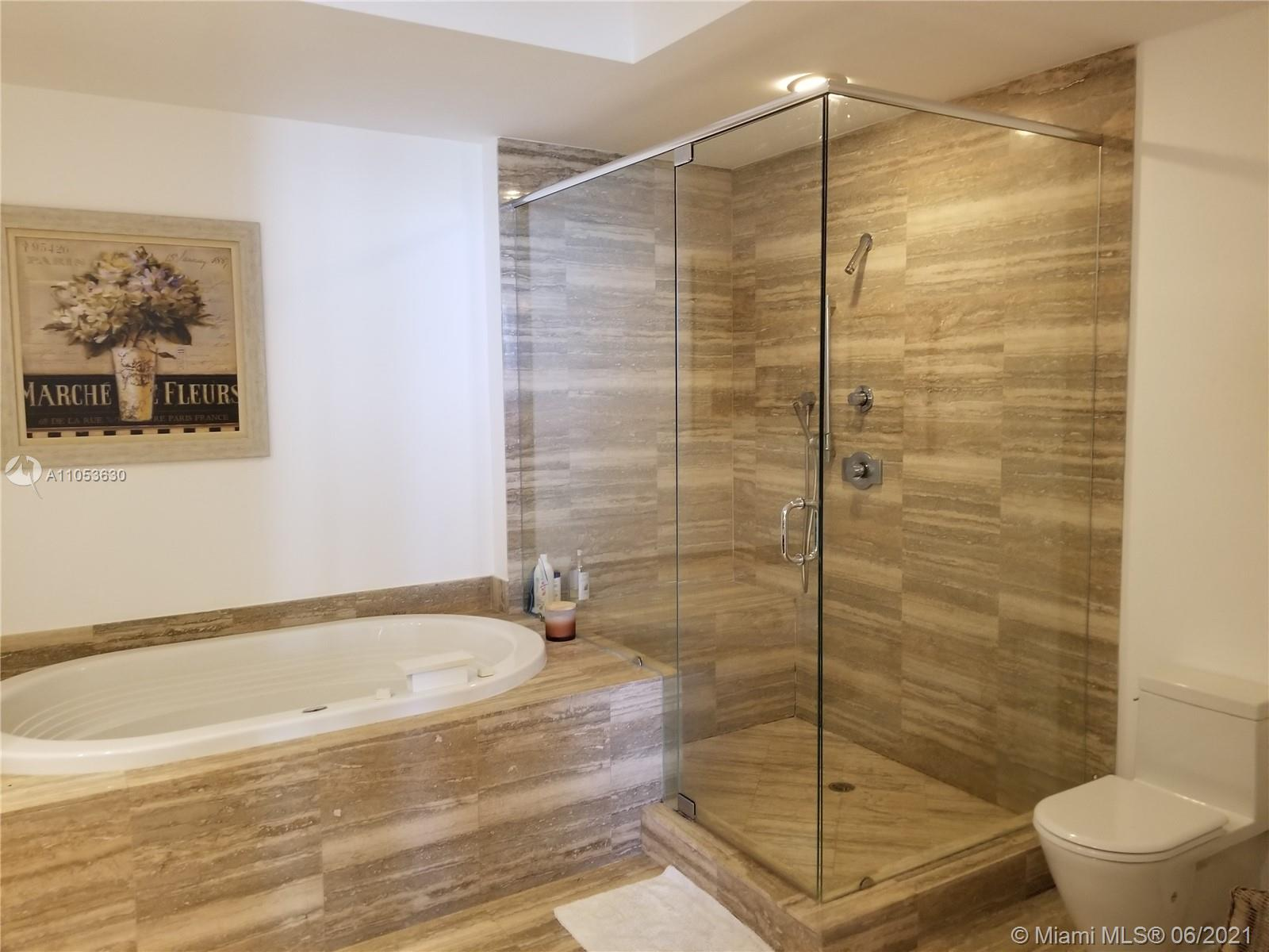 15811 Collins Ave #903 photo09
