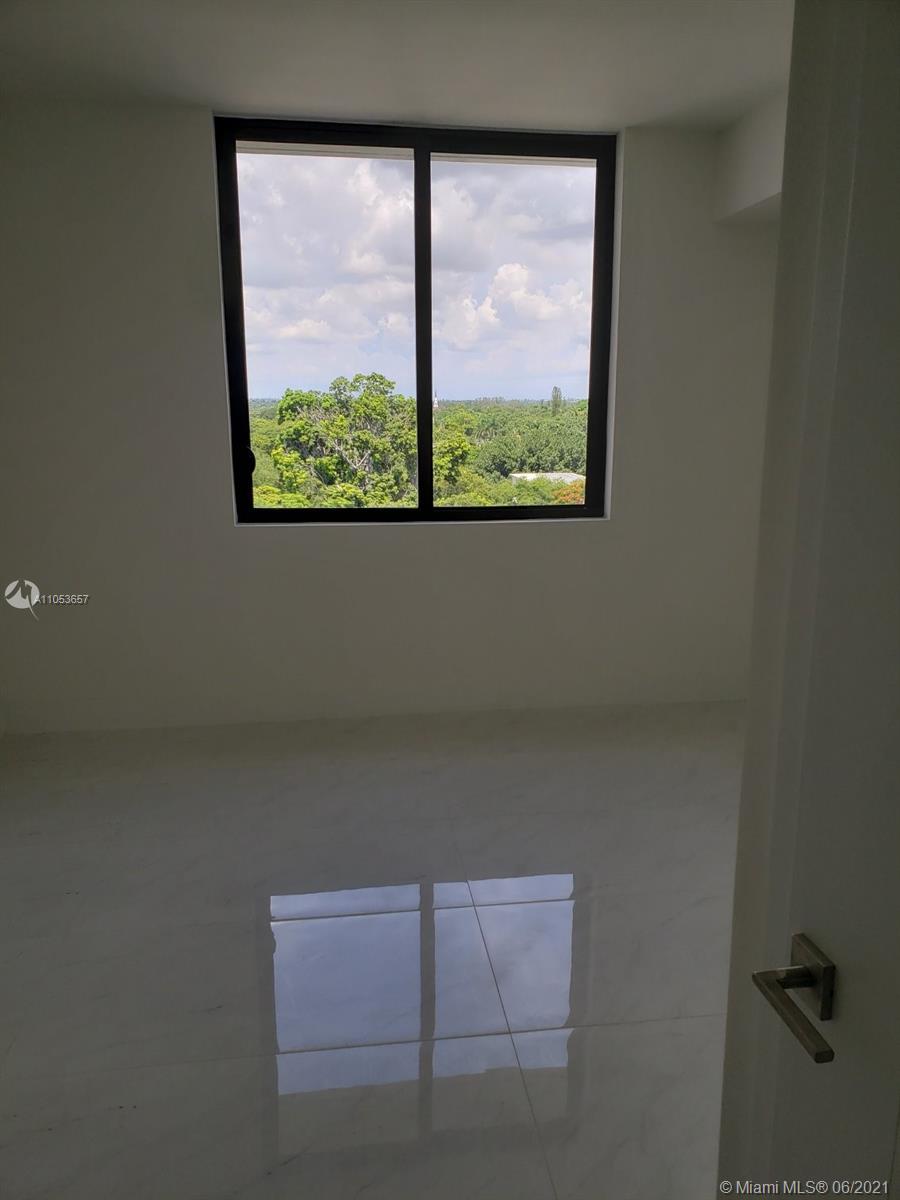 301 Altara Ave #729 photo010