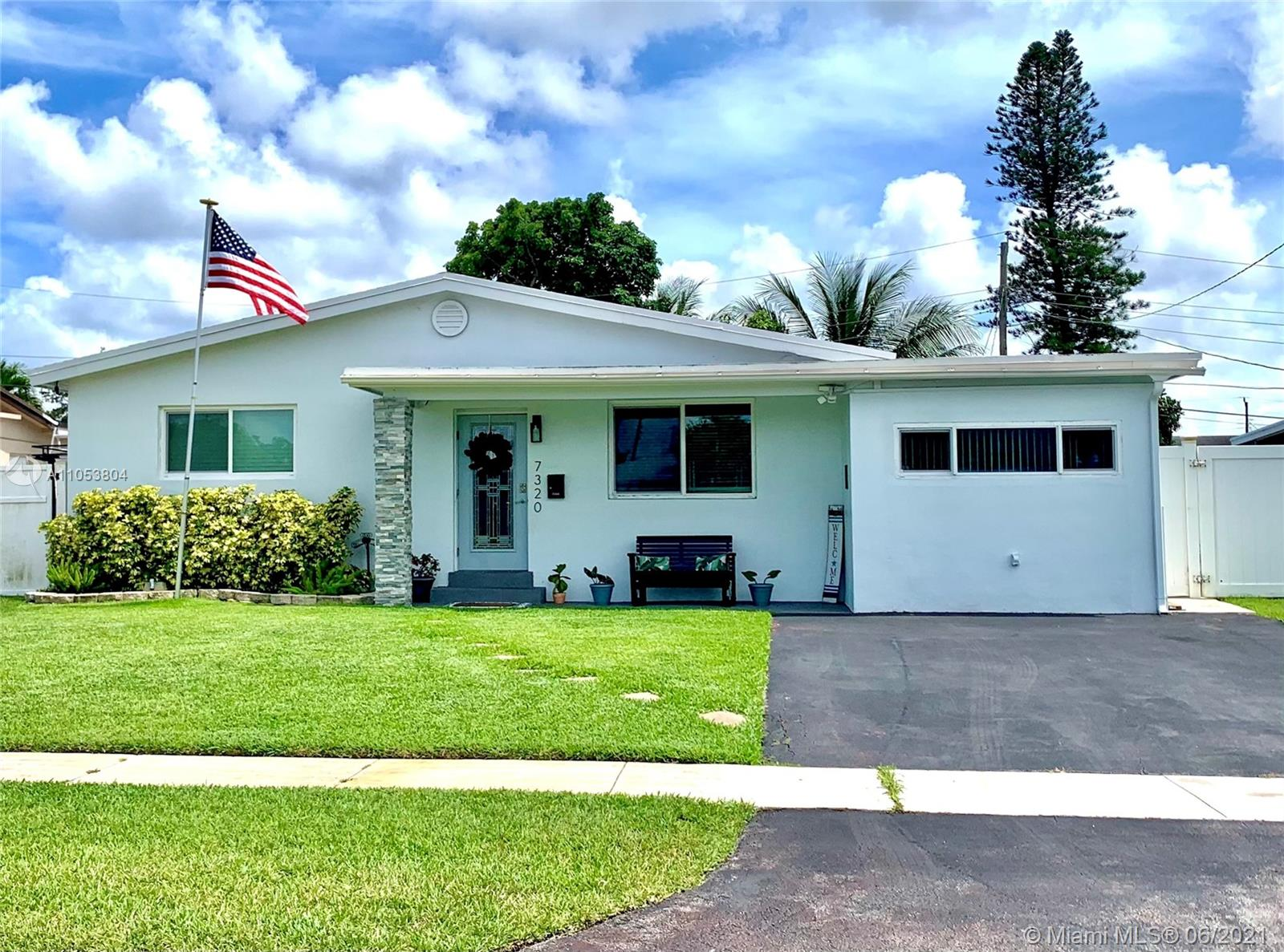 Boulevard Heights - 7320 Taylor St, Hollywood, FL 33024