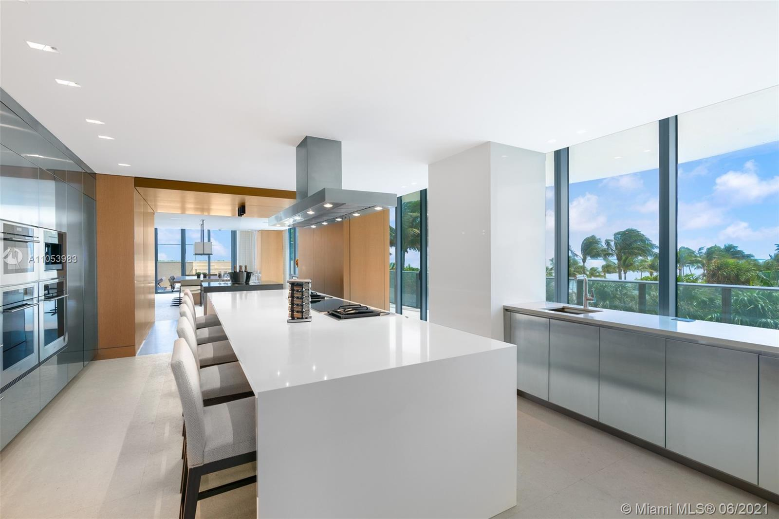 19575 Collins Ave #4 photo09
