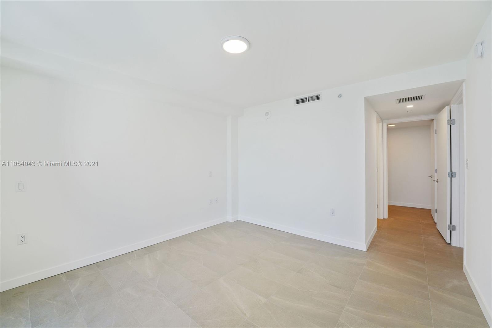 Flamingo South Beach #N-204 - 23 - photo