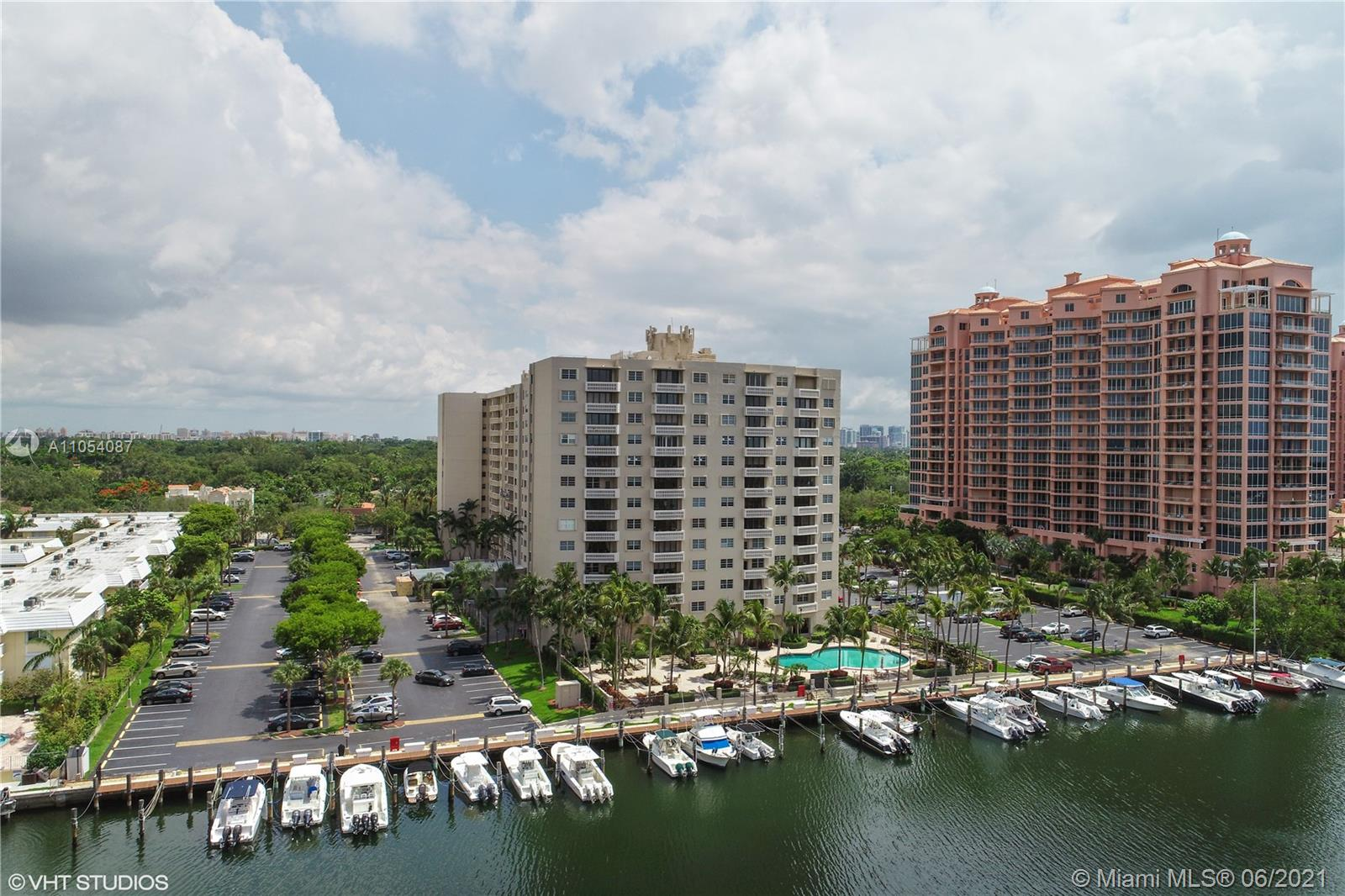 Gables Waterway #602 - 90 Edgewater Dr #602, Coral Gables, FL 33133