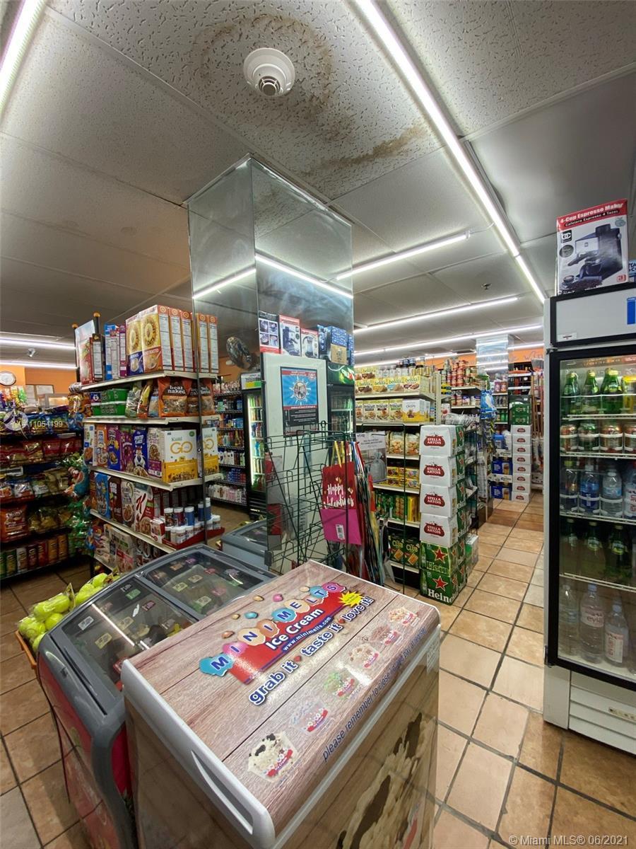 2333 Brickell Ave #1003 photo015
