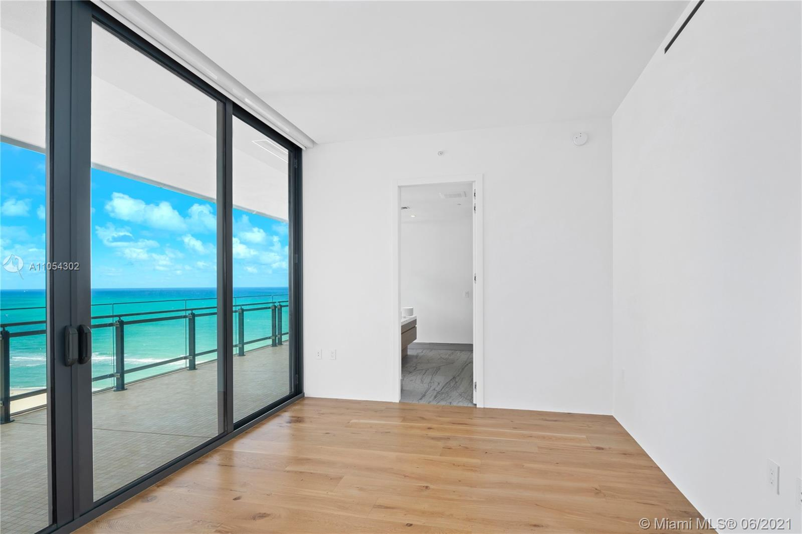 8701 Collins Ave #1501 photo015