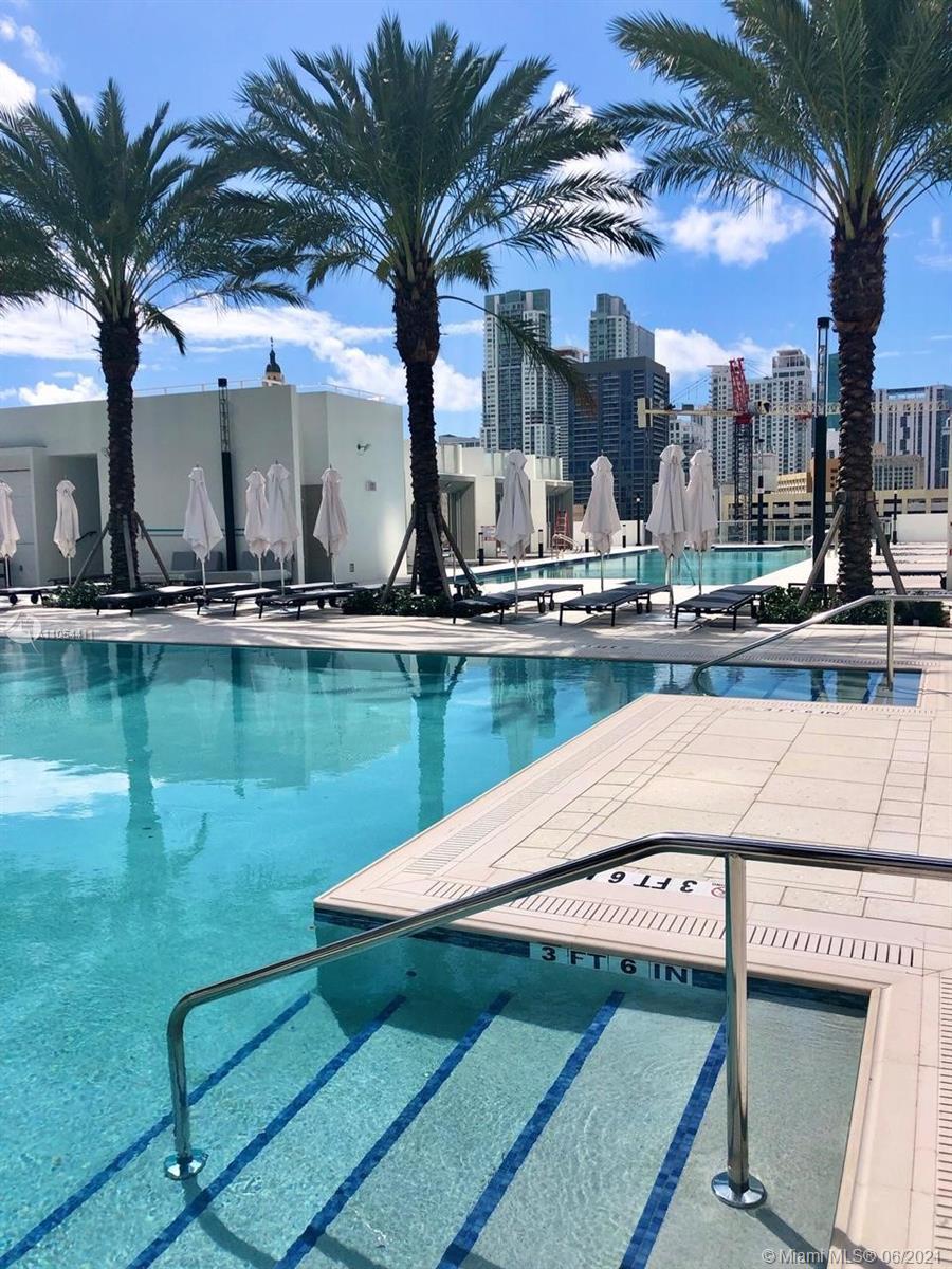 Paramount Miami Worldcenter #2409 - 16 - photo
