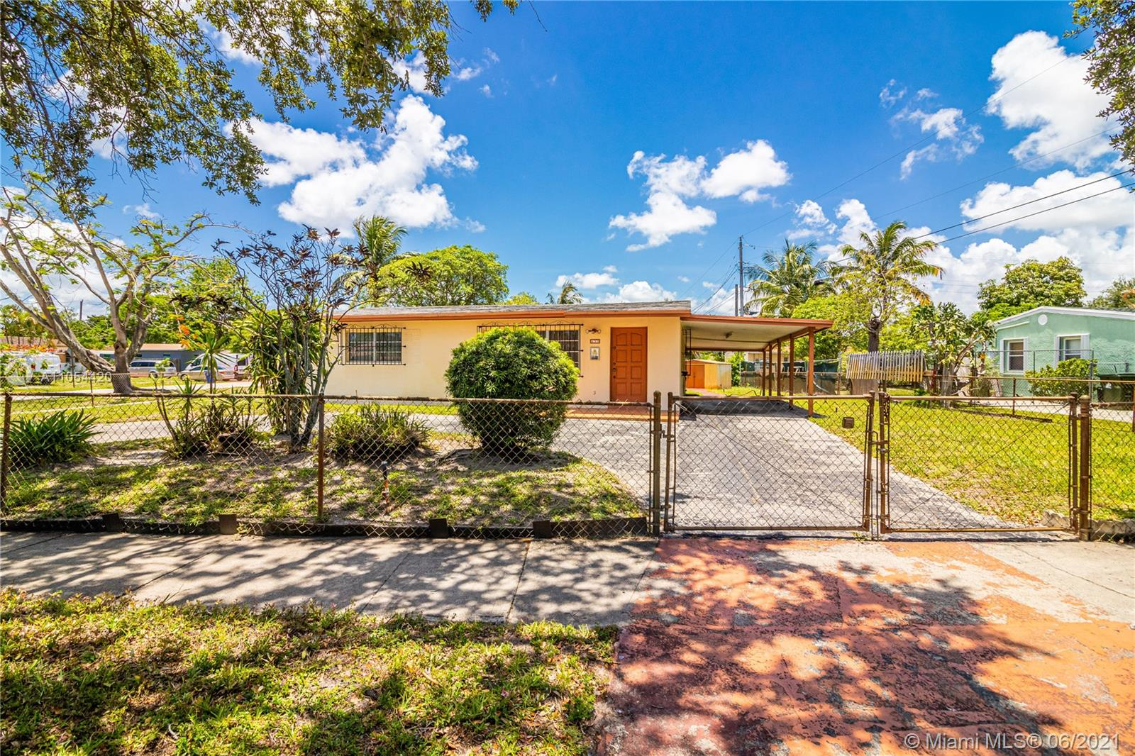 Riverland - 439 SW 24 Avenue, Fort Lauderdale, FL 33312