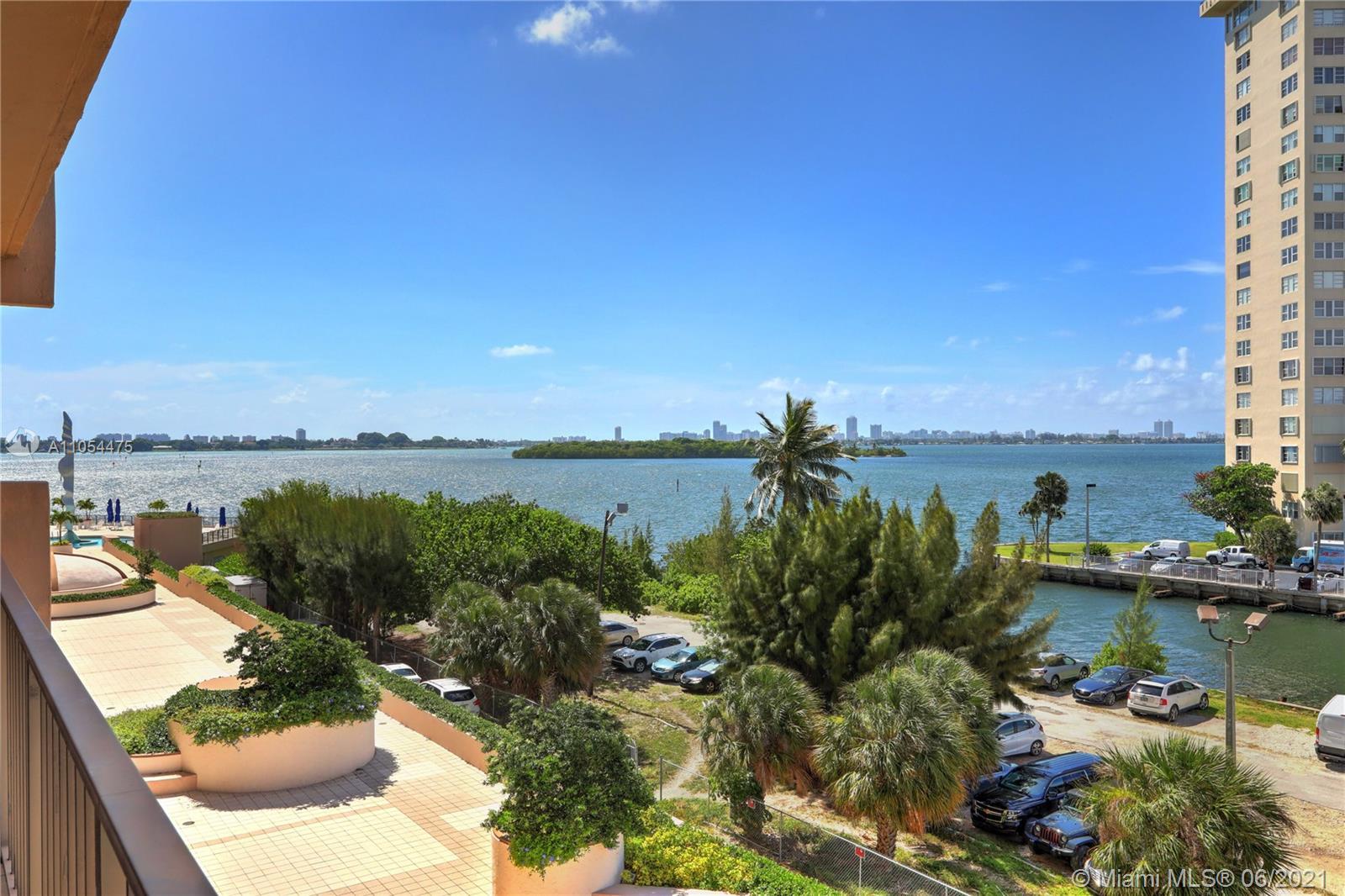 Cricket Club #509 - 1800 NE 114th St #509, Miami, FL 33181