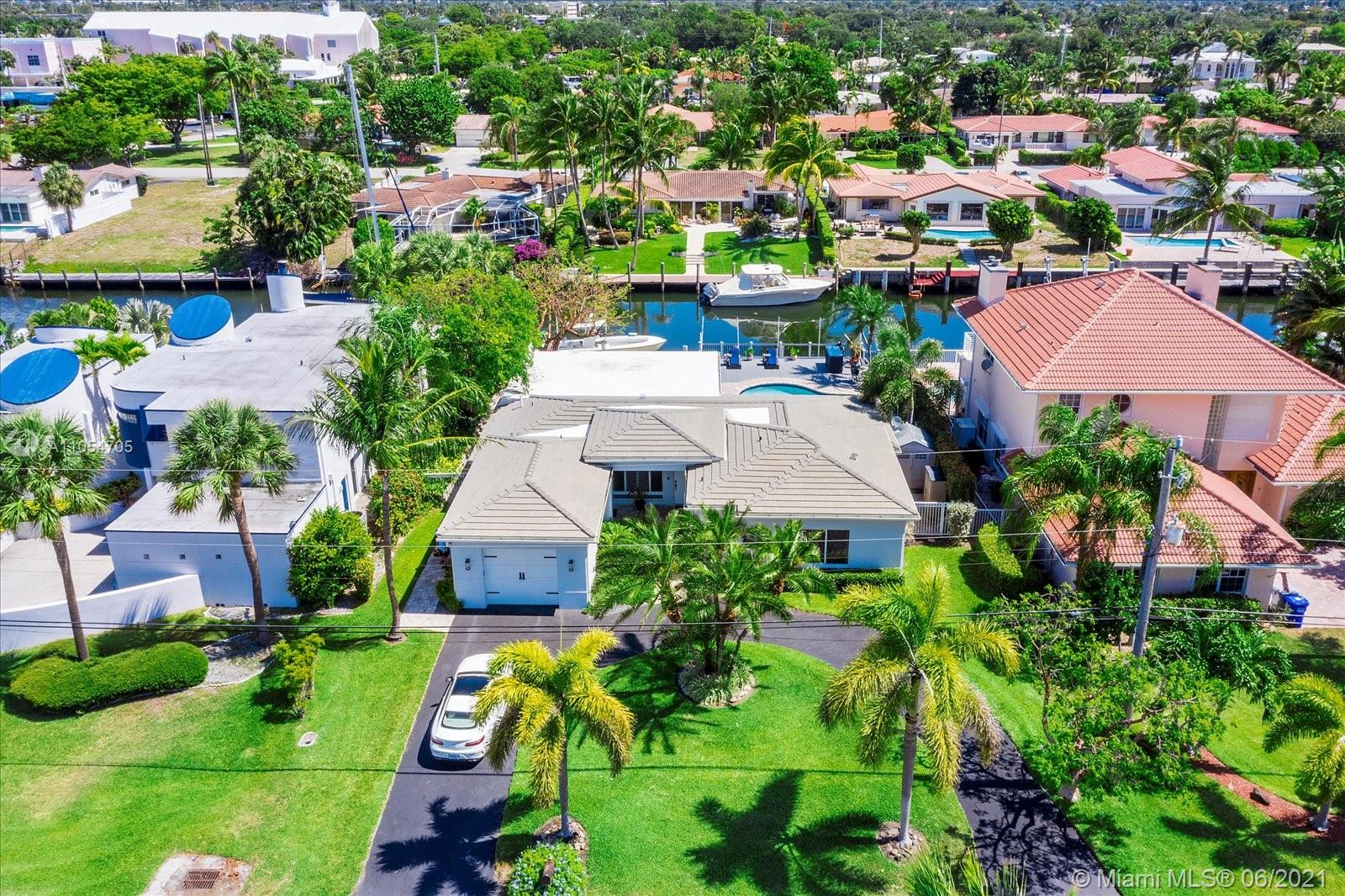Property for sale at 2661 NE 22nd Ct, Pompano Beach,  Florida 33062