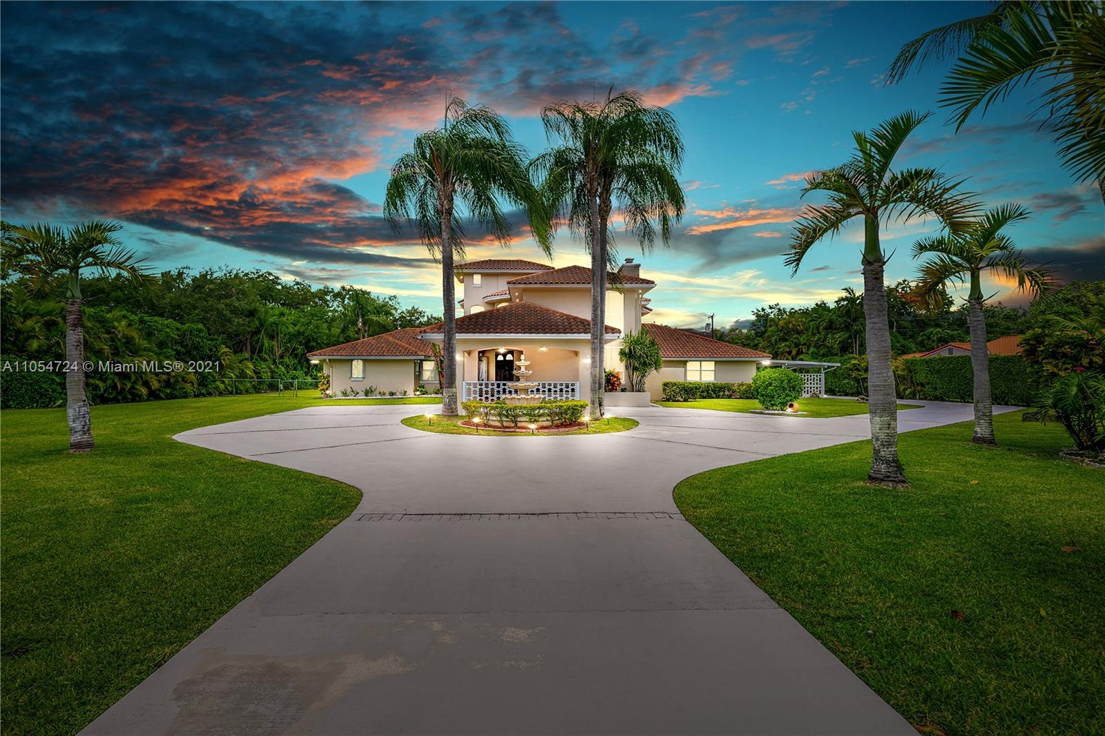 Helms Country Estates - 10800 SW 67th Ave, Pinecrest, FL 33156