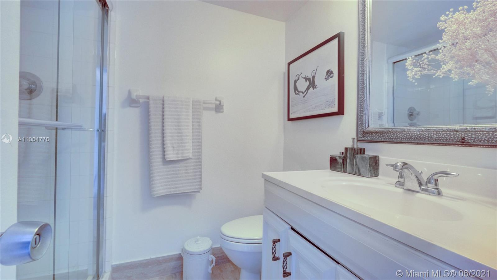 5151 Collins Ave #1126 photo016