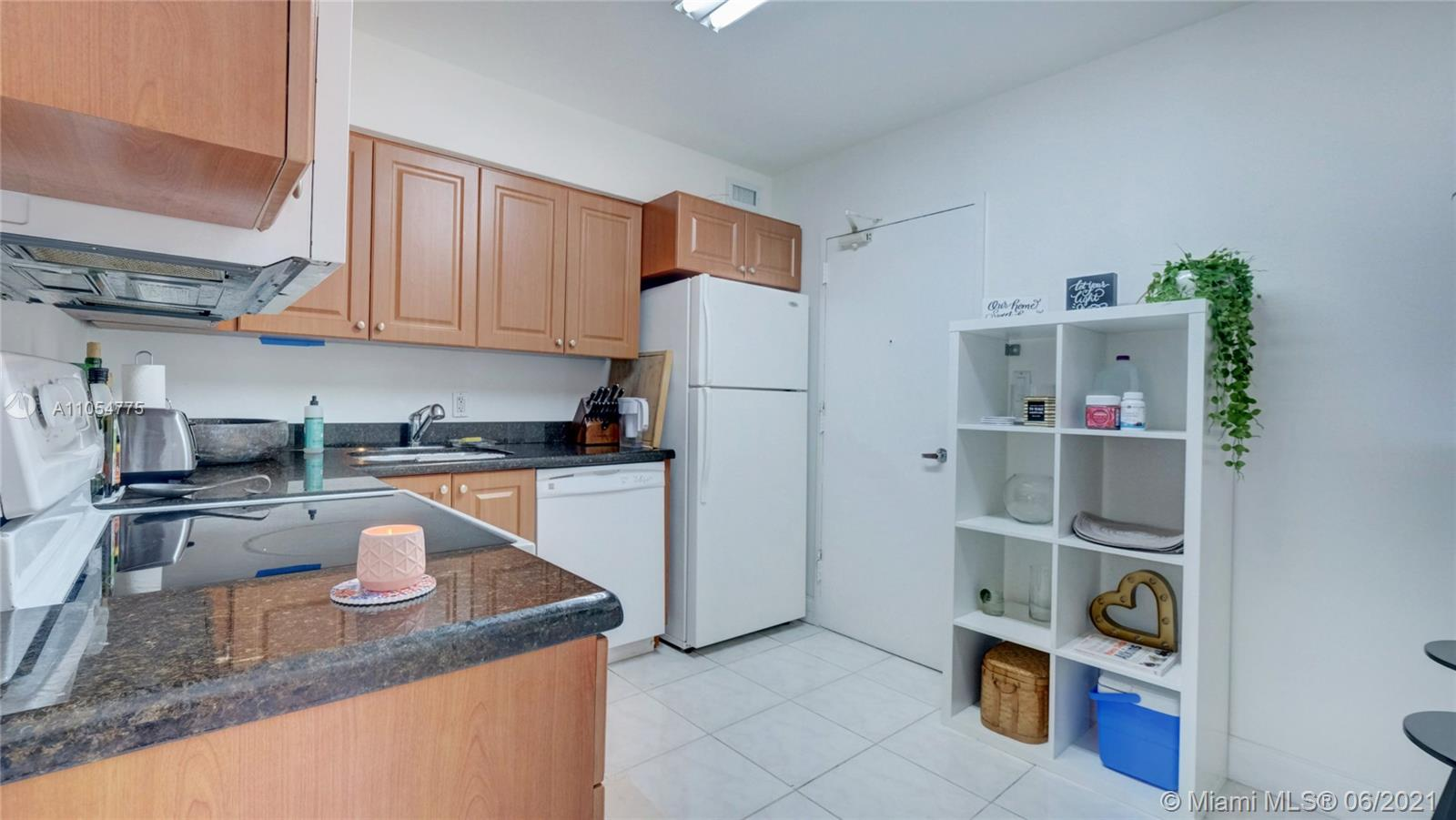 5151 Collins Ave #1126 photo012