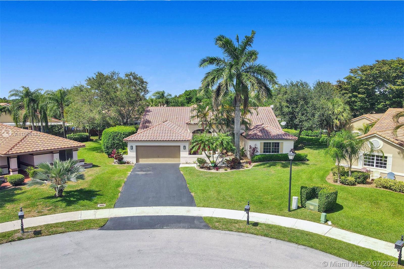 Forest Ridge - 3315 Maple Ln, Davie, FL 33328