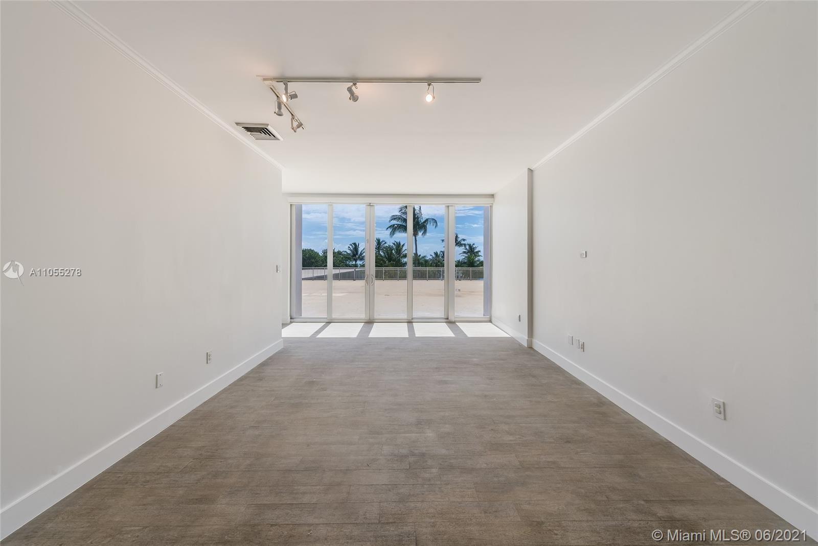 Casa del Mar #L5 - 881 Ocean Dr #L5, Key Biscayne, FL 33149