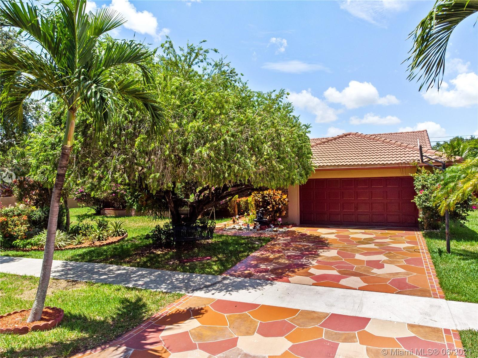 Hawkes Bluff - 15981 Huntridge Rd, Davie, FL 33331