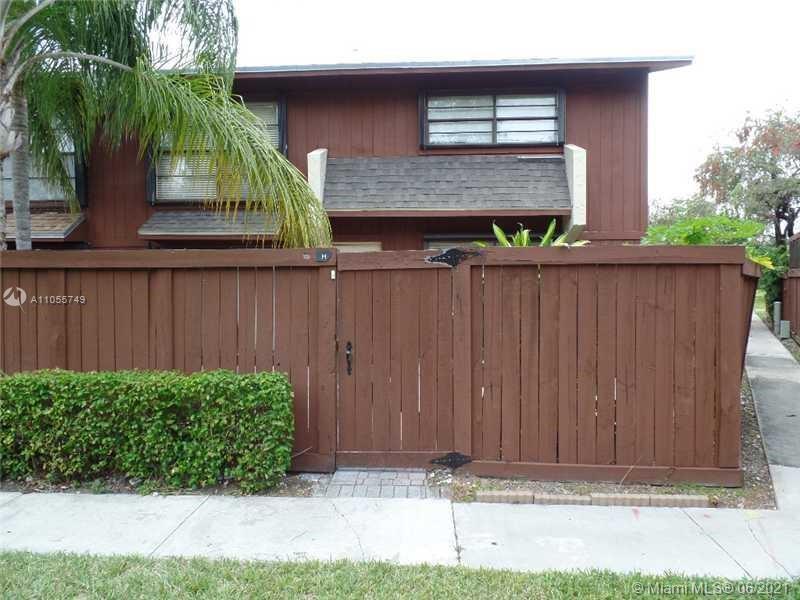 Snapper Creek #H-87 - 6251 SW 116th Pl #H-87, Miami, FL 33173