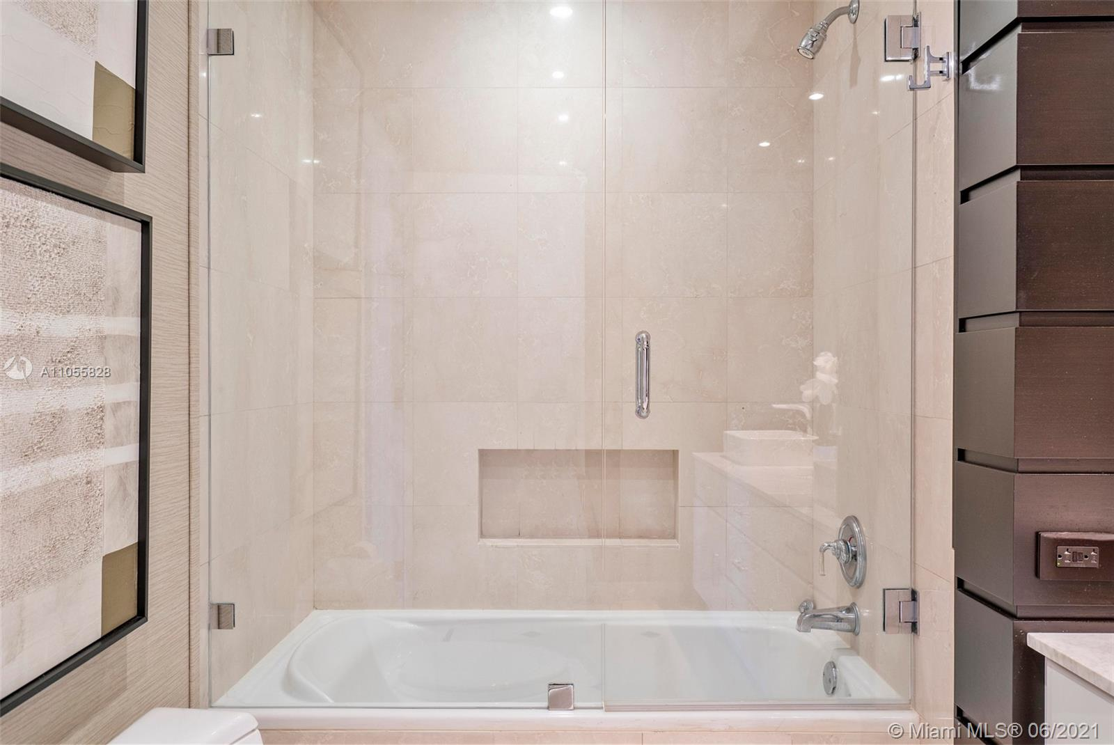 9601 Collins Ave #1208 photo028