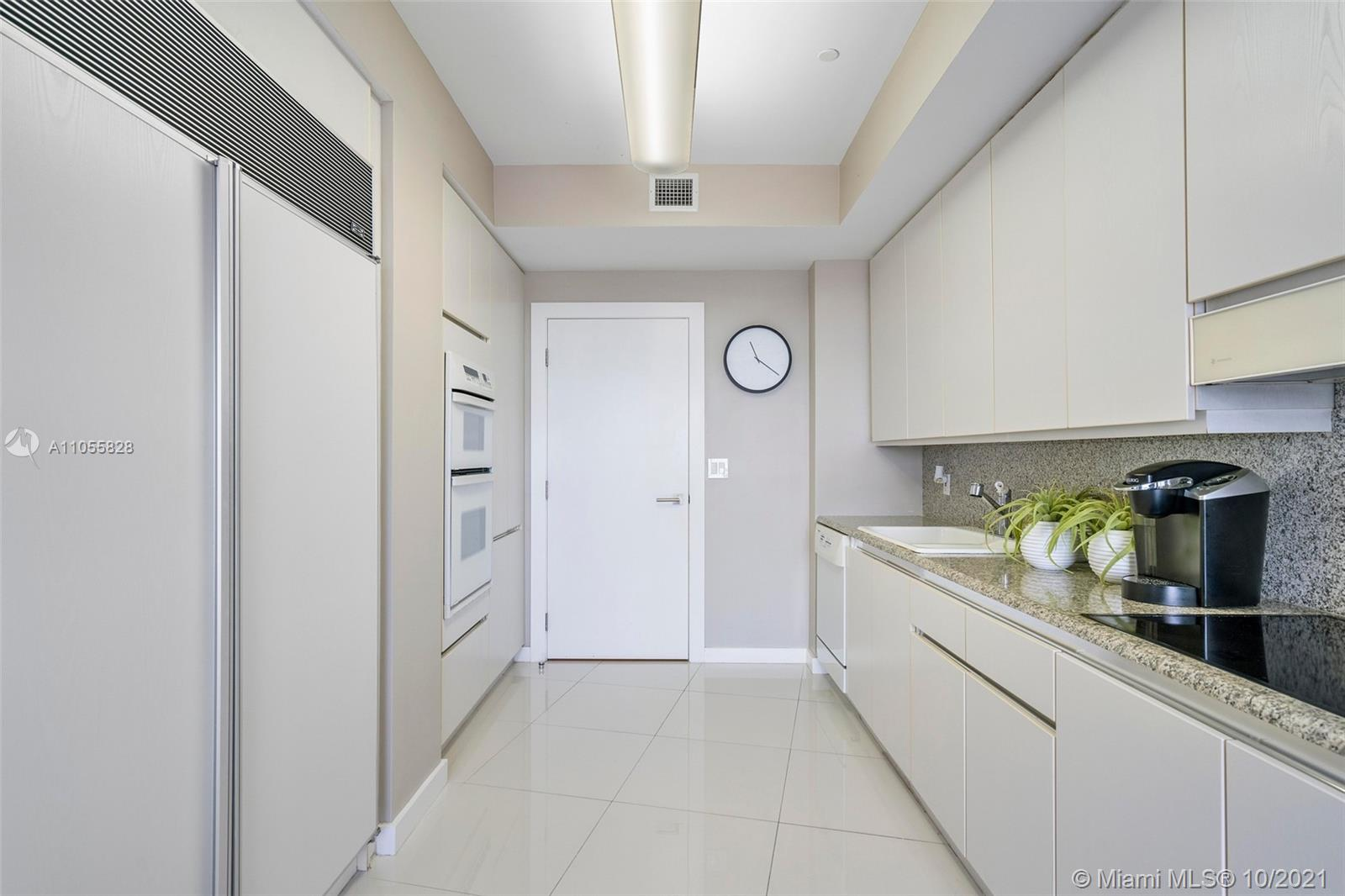 9601 Collins Ave #1208 photo020