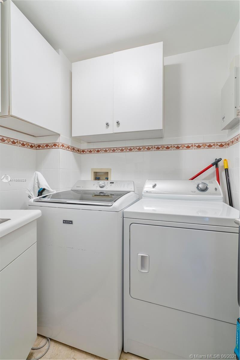 9601 Collins Ave #1208 photo029
