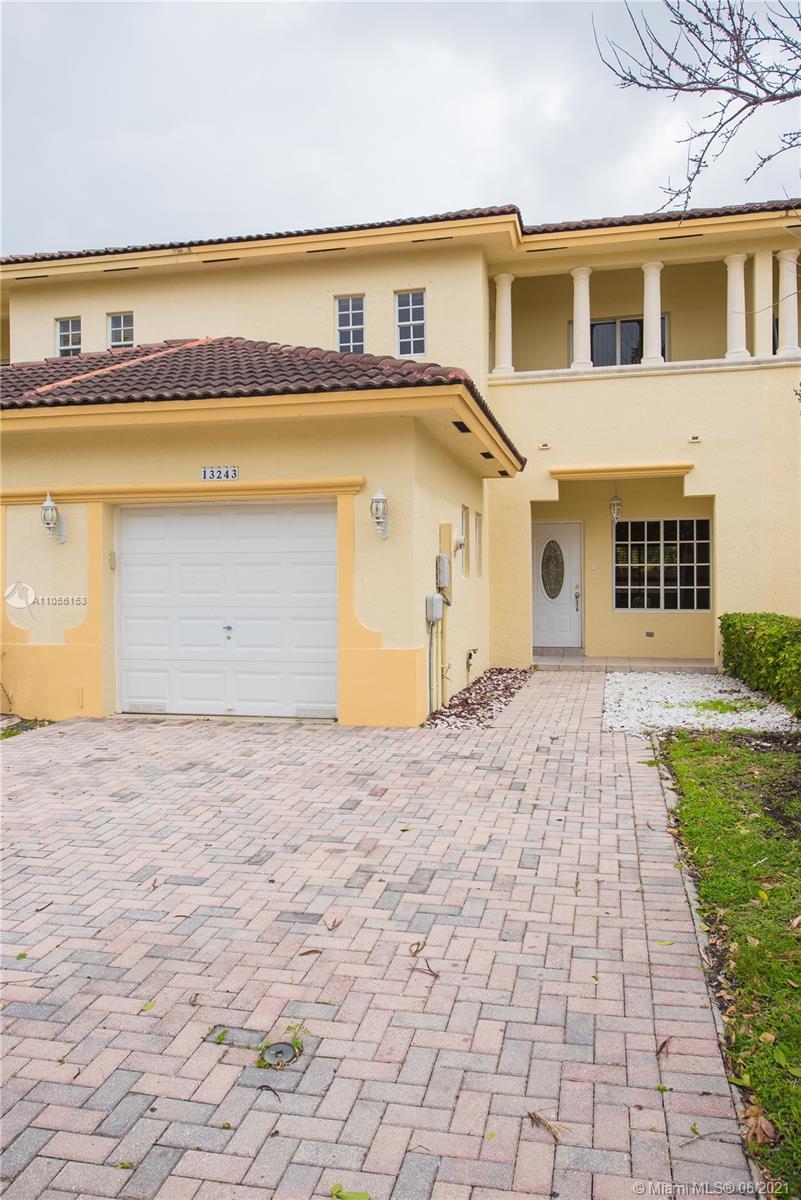 Twin Lake #13243 - 13243 SW 143rd TER #13243, Miami, FL 33186