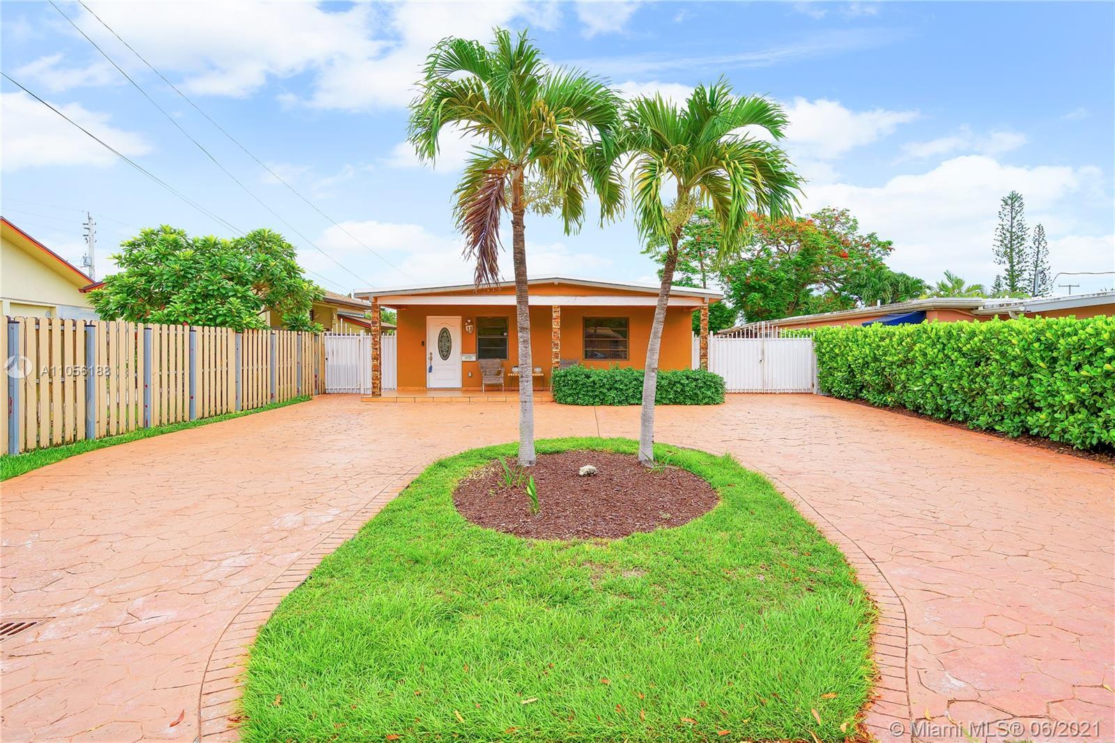 Coral Villas - 3121 SW 65th Ave, Miami, FL 33155