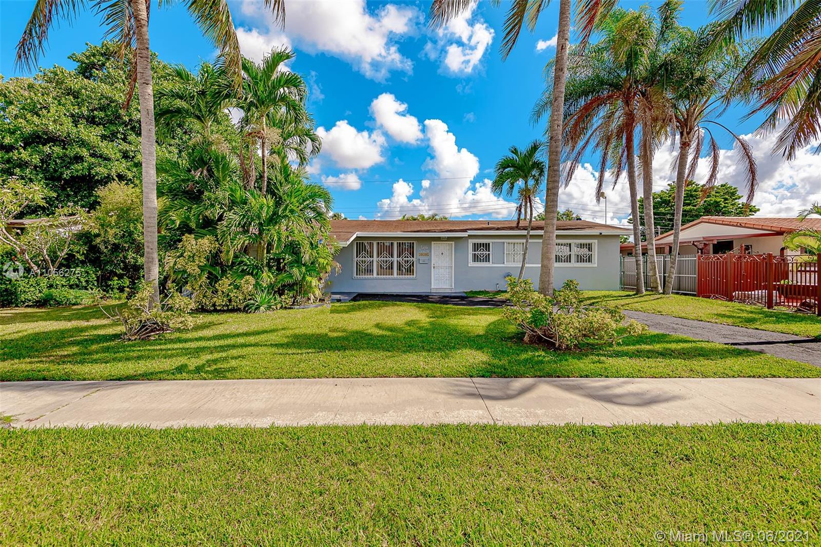 Heftler Homes - 10501 SW 46th Ter, Miami, FL 33165