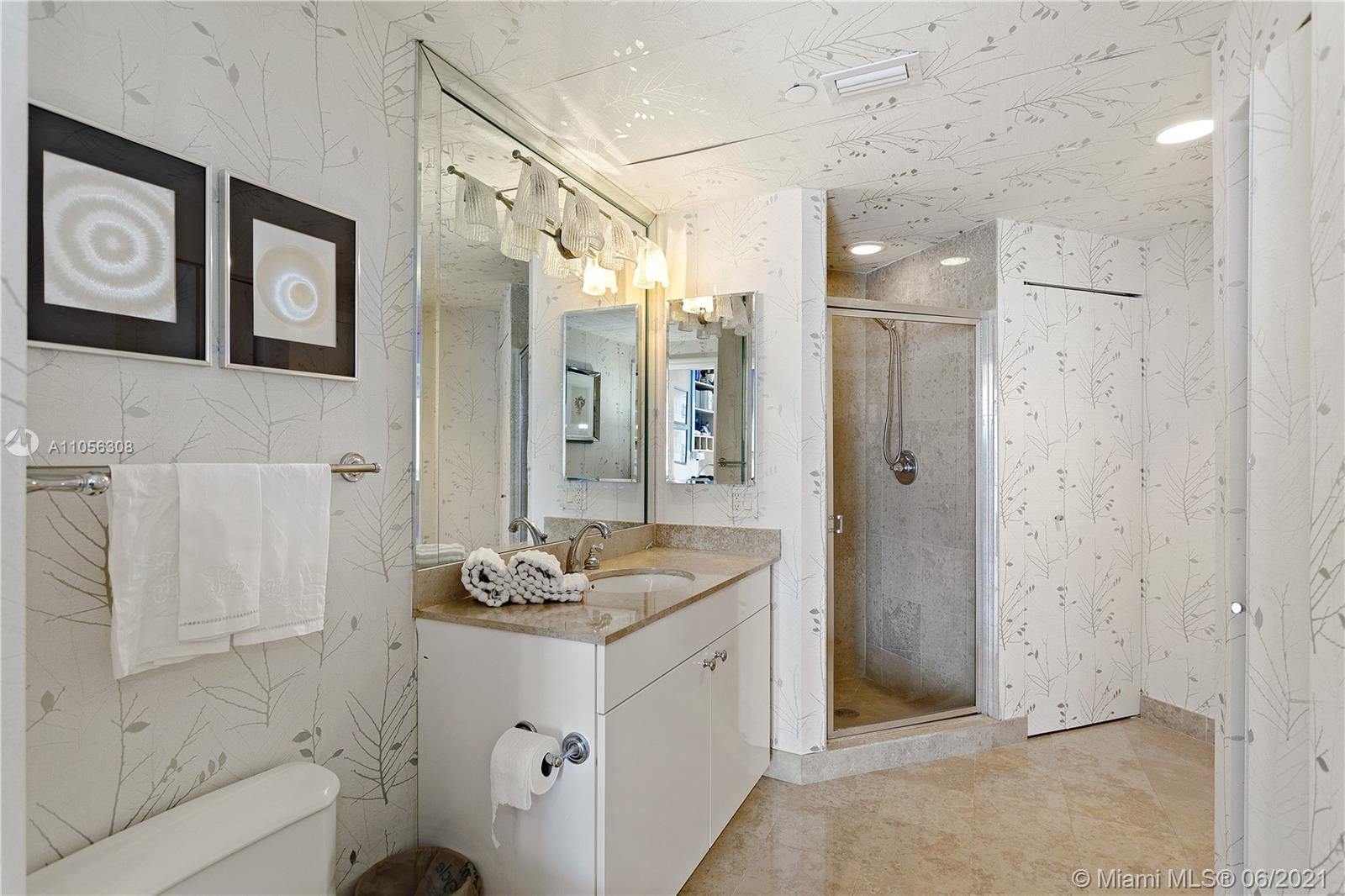 4779 Collins Ave #1002 photo013