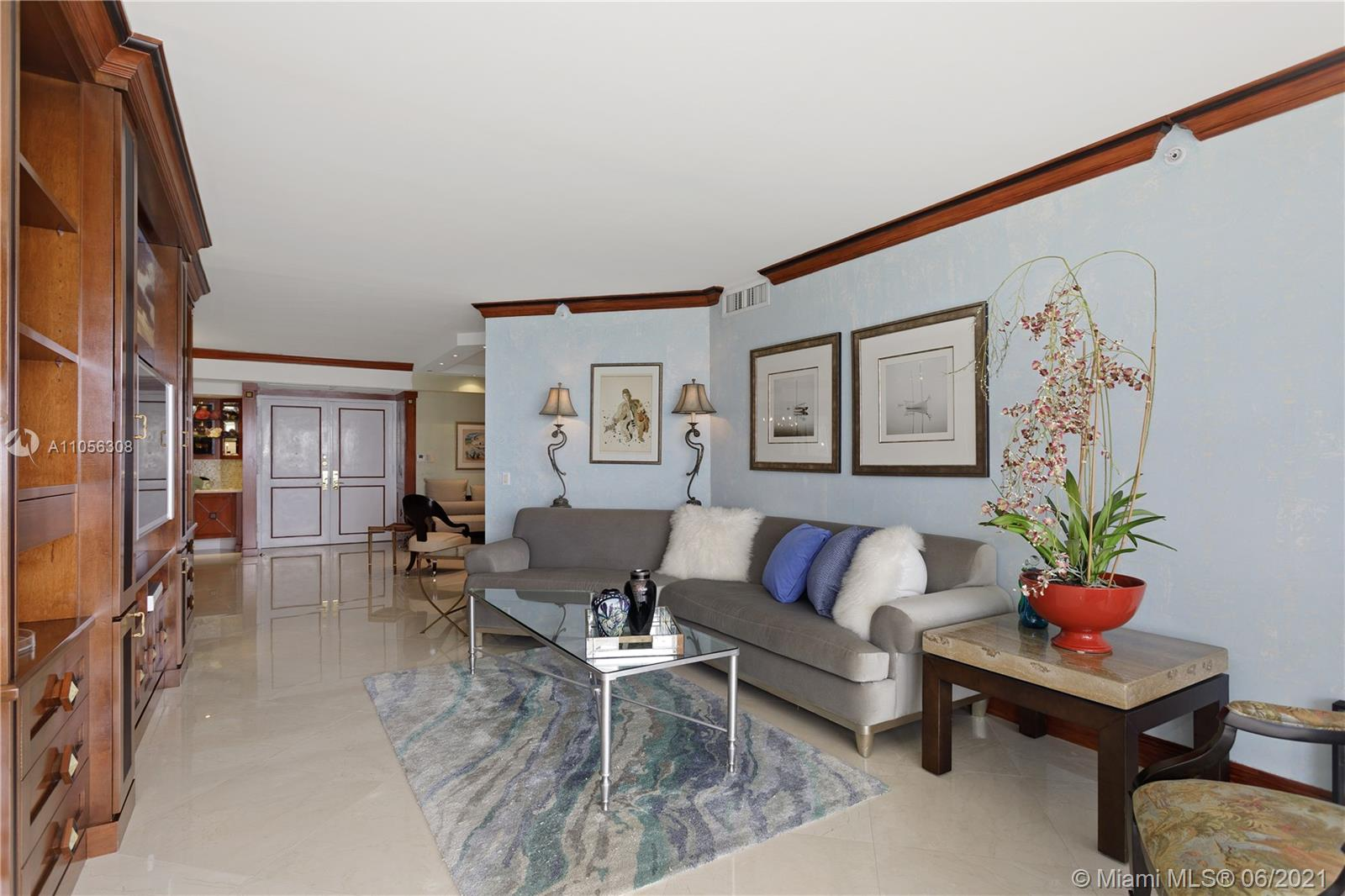4779 Collins Ave #1002 photo03