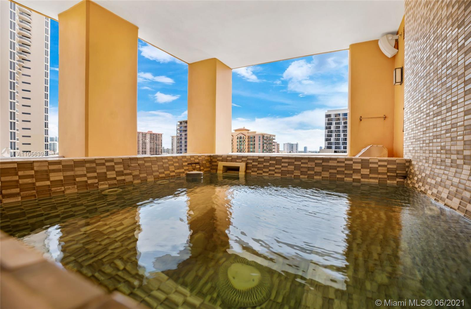 17749 Collins Ave #802 photo051
