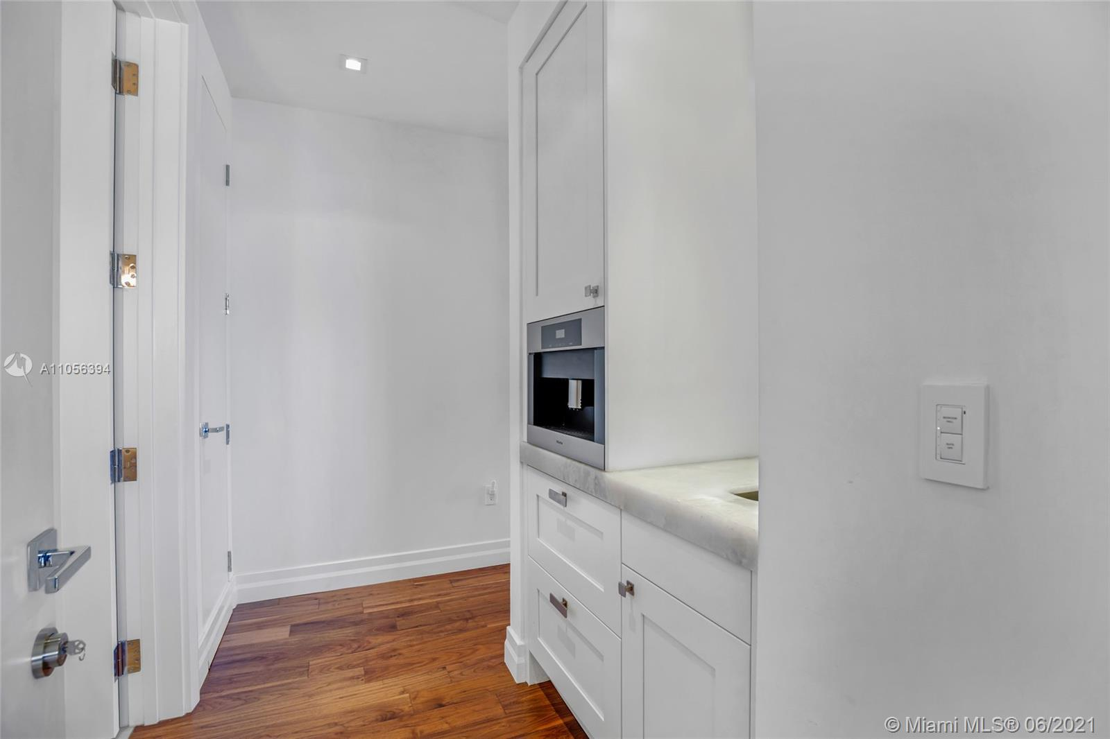 17749 Collins Ave #802 photo019