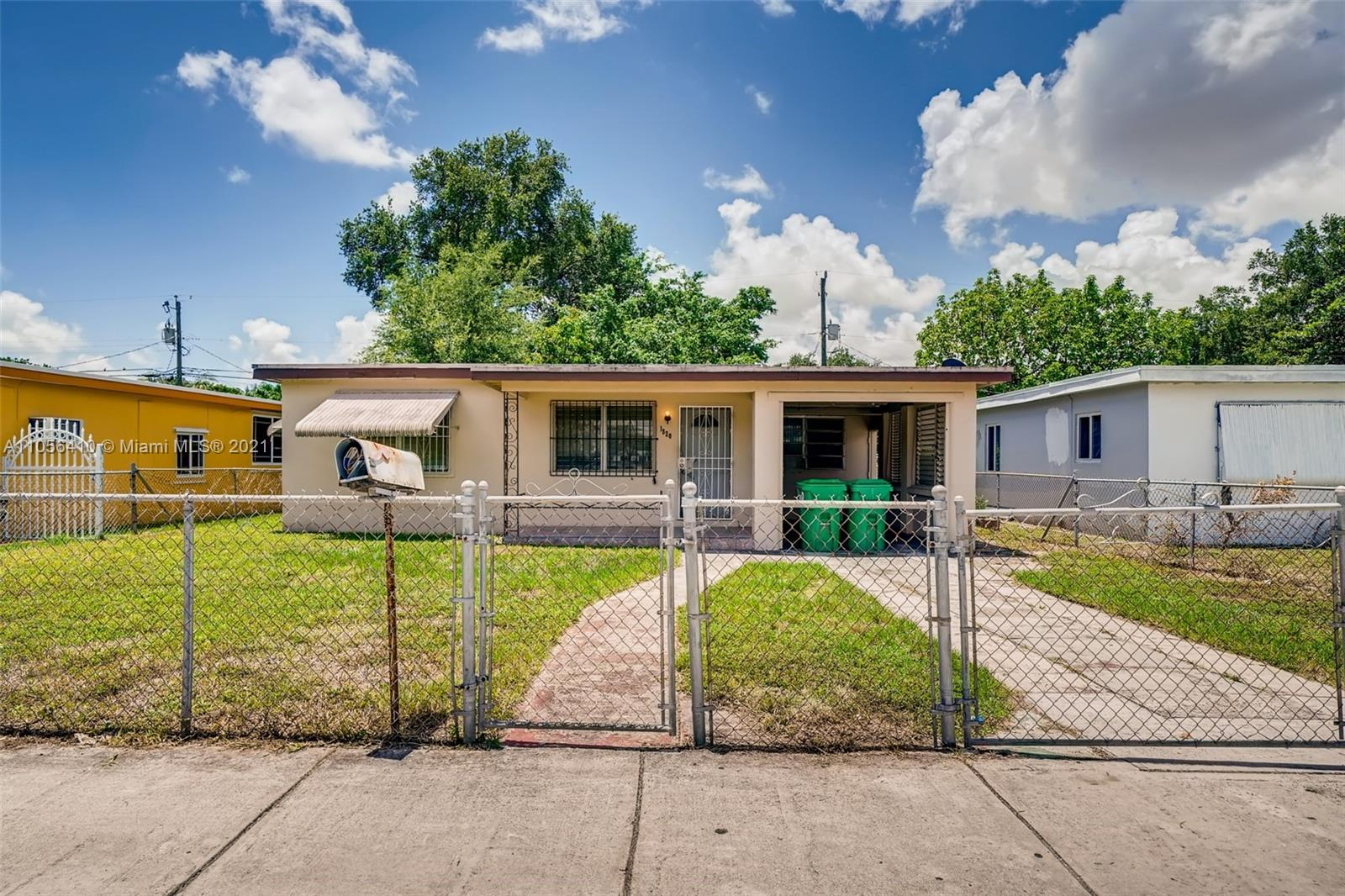 1820 NW 115th St