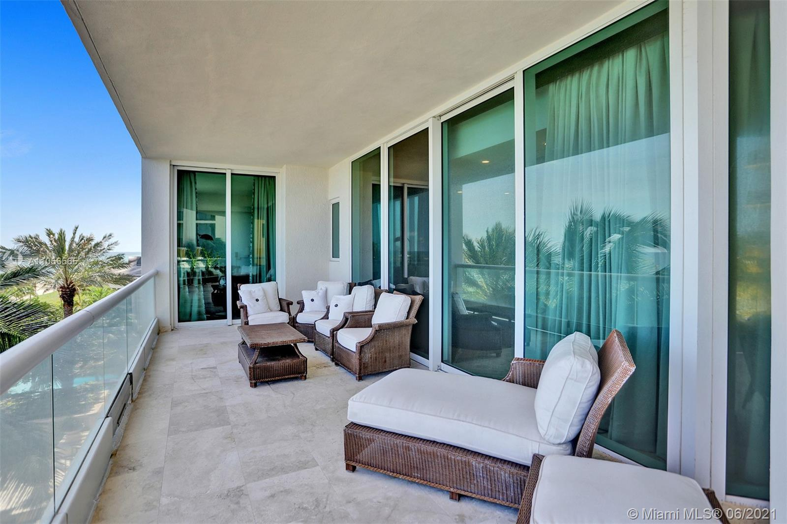 16051 Collins Ave #504 photo047
