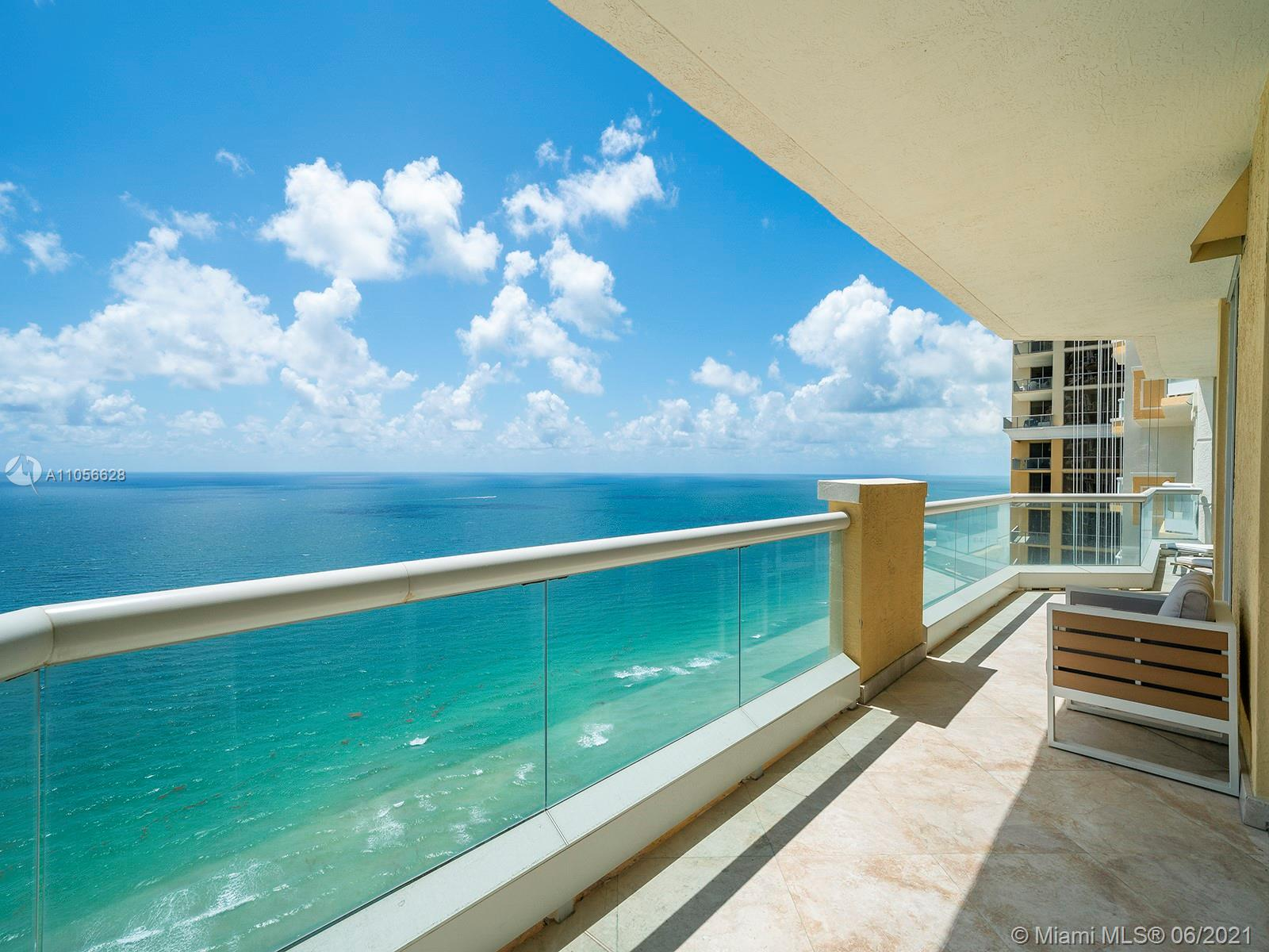 17875 Collins Ave #3703 photo07