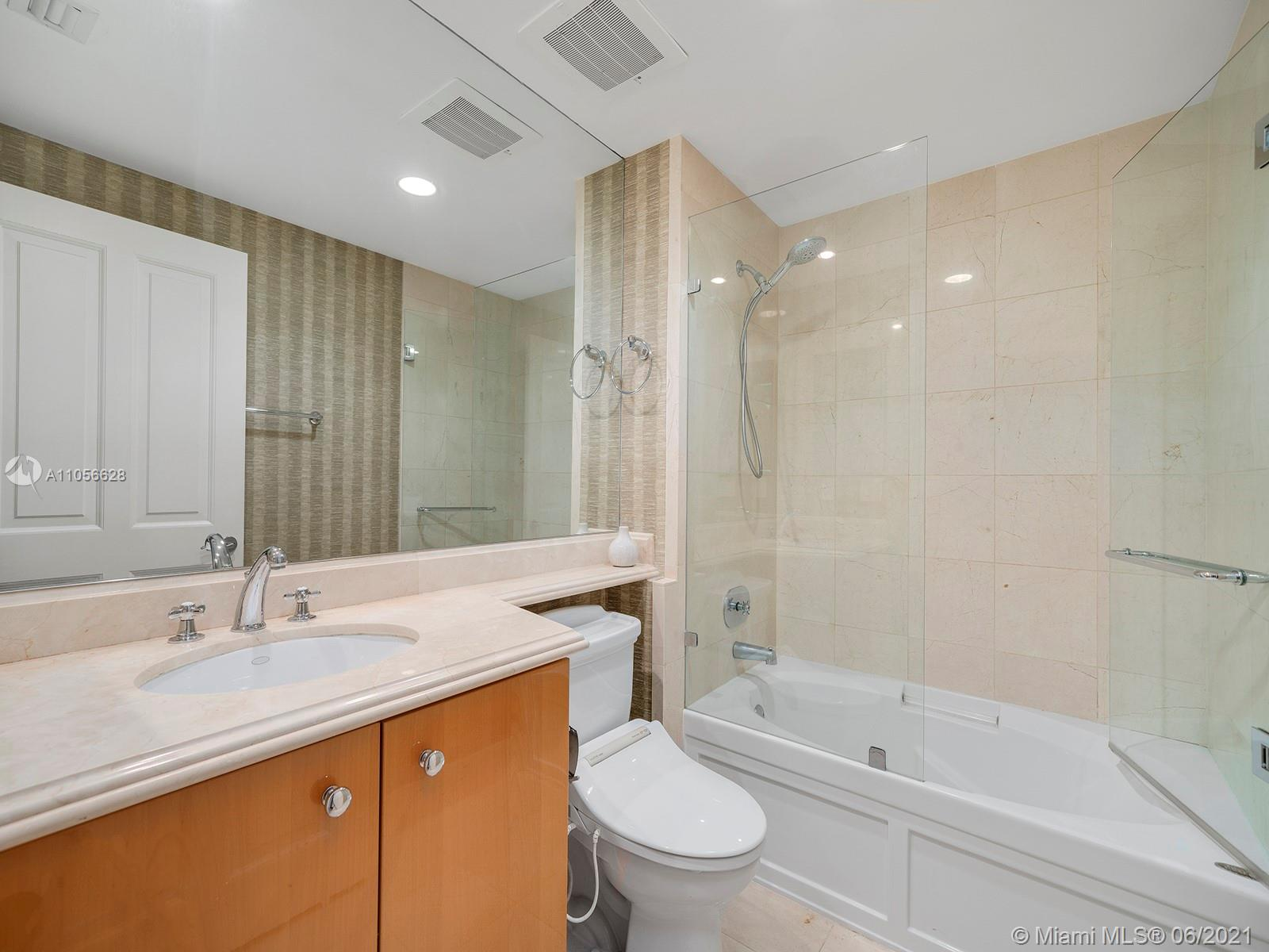 17875 Collins Ave #3703 photo020