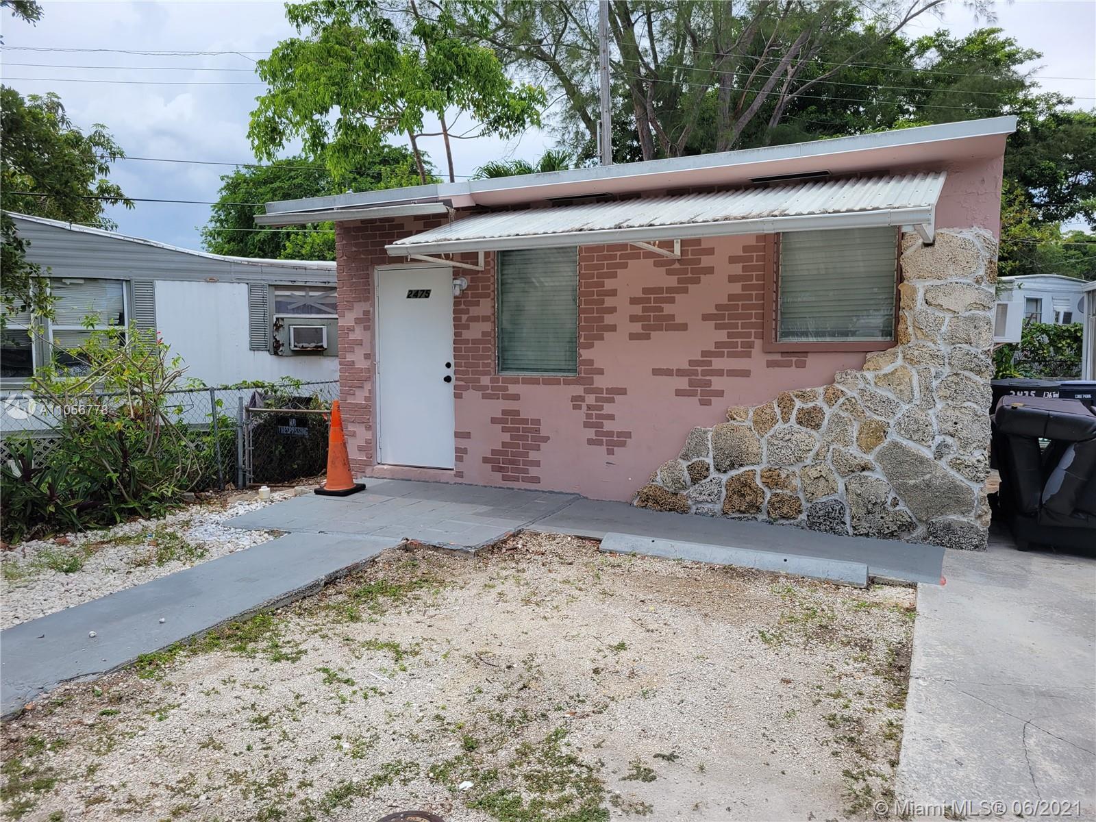 North Miami Beach - 2475 NE 136th Ter, North Miami Beach, FL 33181
