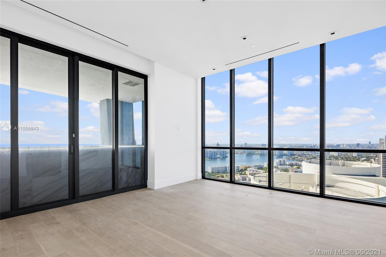 17141 Collins Ave #3501-3502 photo029