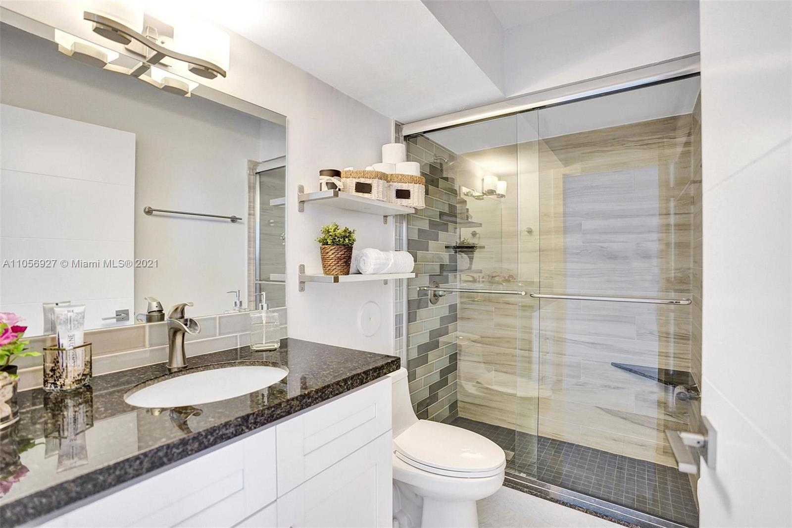5900 Collins Ave #1201 photo09