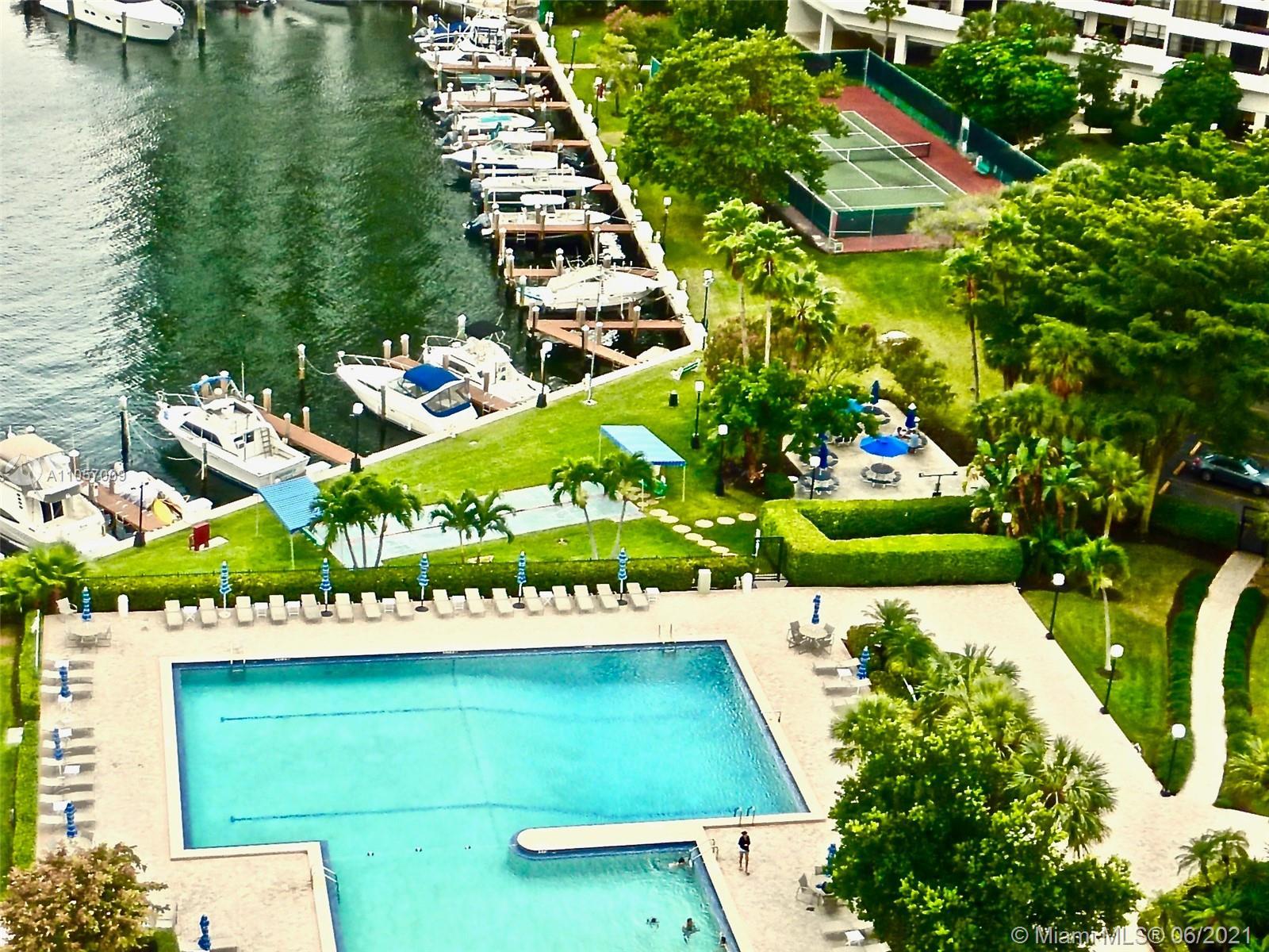 Olympus C #2020 - 2500 PARKVIEW DR #2020, Hallandale Beach, FL 33009