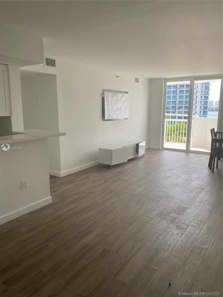 Bayview Plaza #804 - 1621 Bay Rd #804, Miami Beach, FL 33139