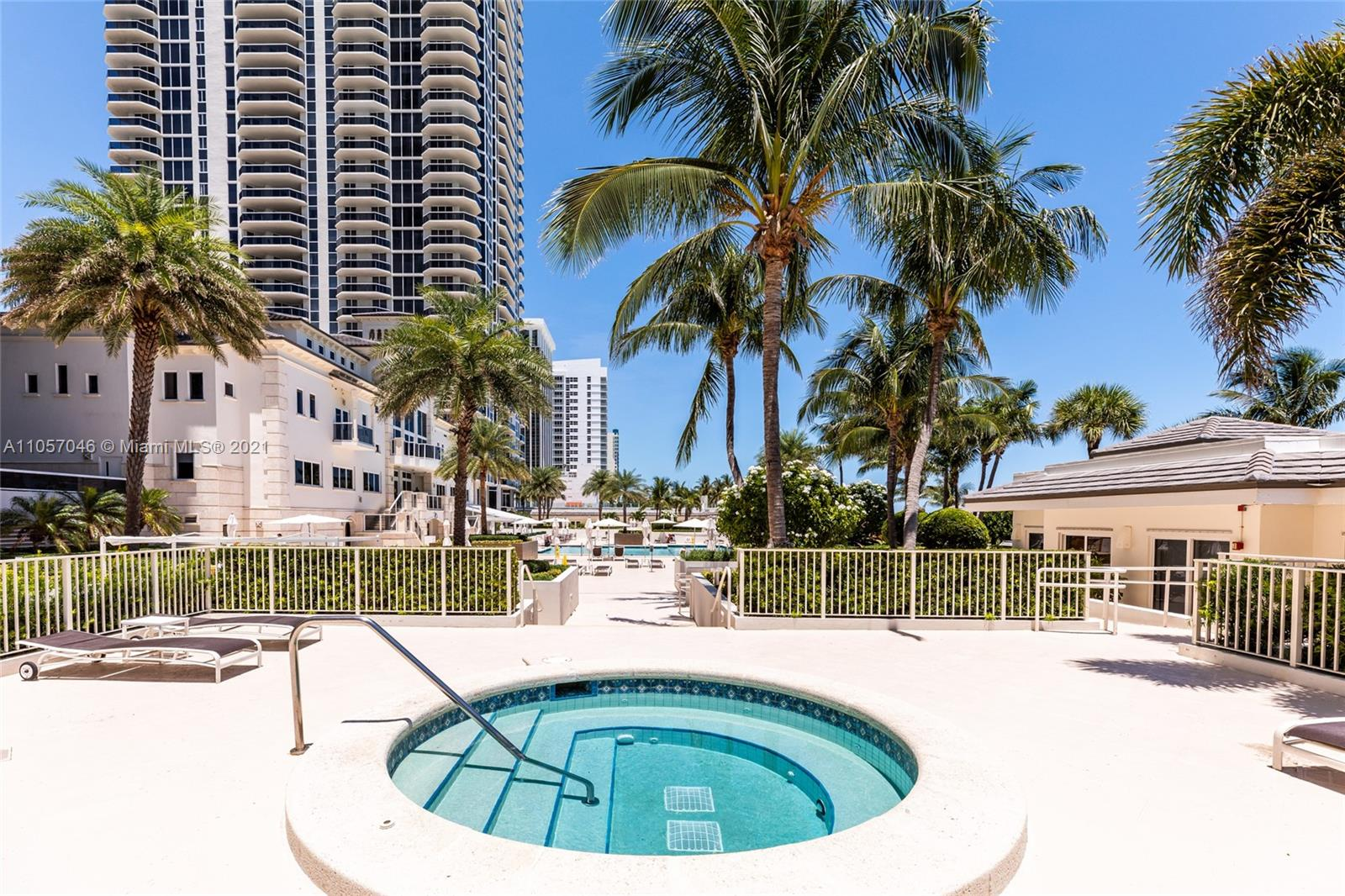 4779 Collins Ave #3006 photo018
