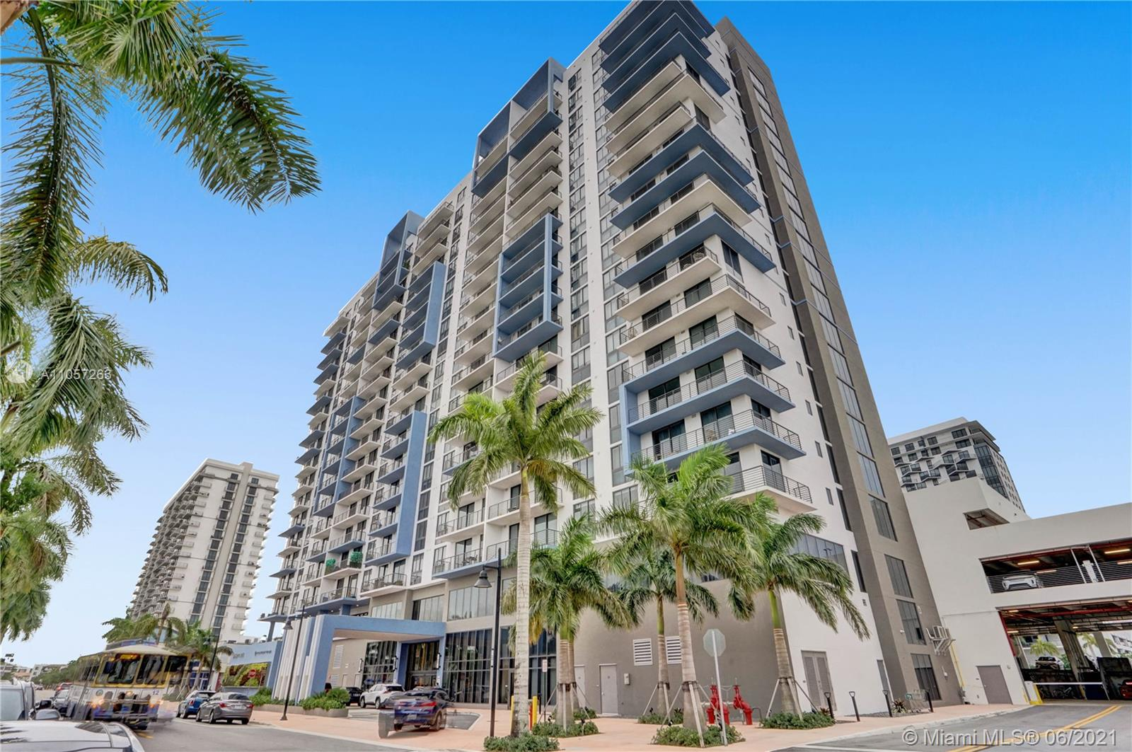 5350 Park #901 - 5350 NW 84th Ave #901, Doral, FL 33166