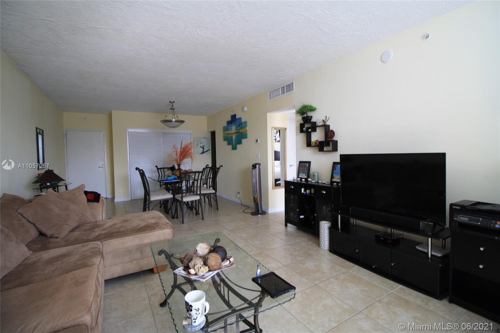 Residences on Hollywood West Tower #1414 - 3000 S Ocean Dr #1414, Hollywood, FL 33019