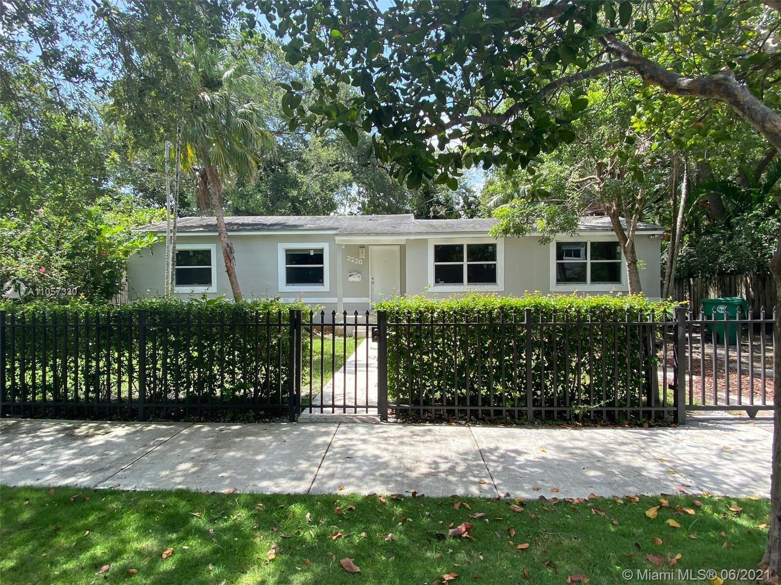 Silver Bluff - 2220 Secoffee Ter, Miami, FL 33133