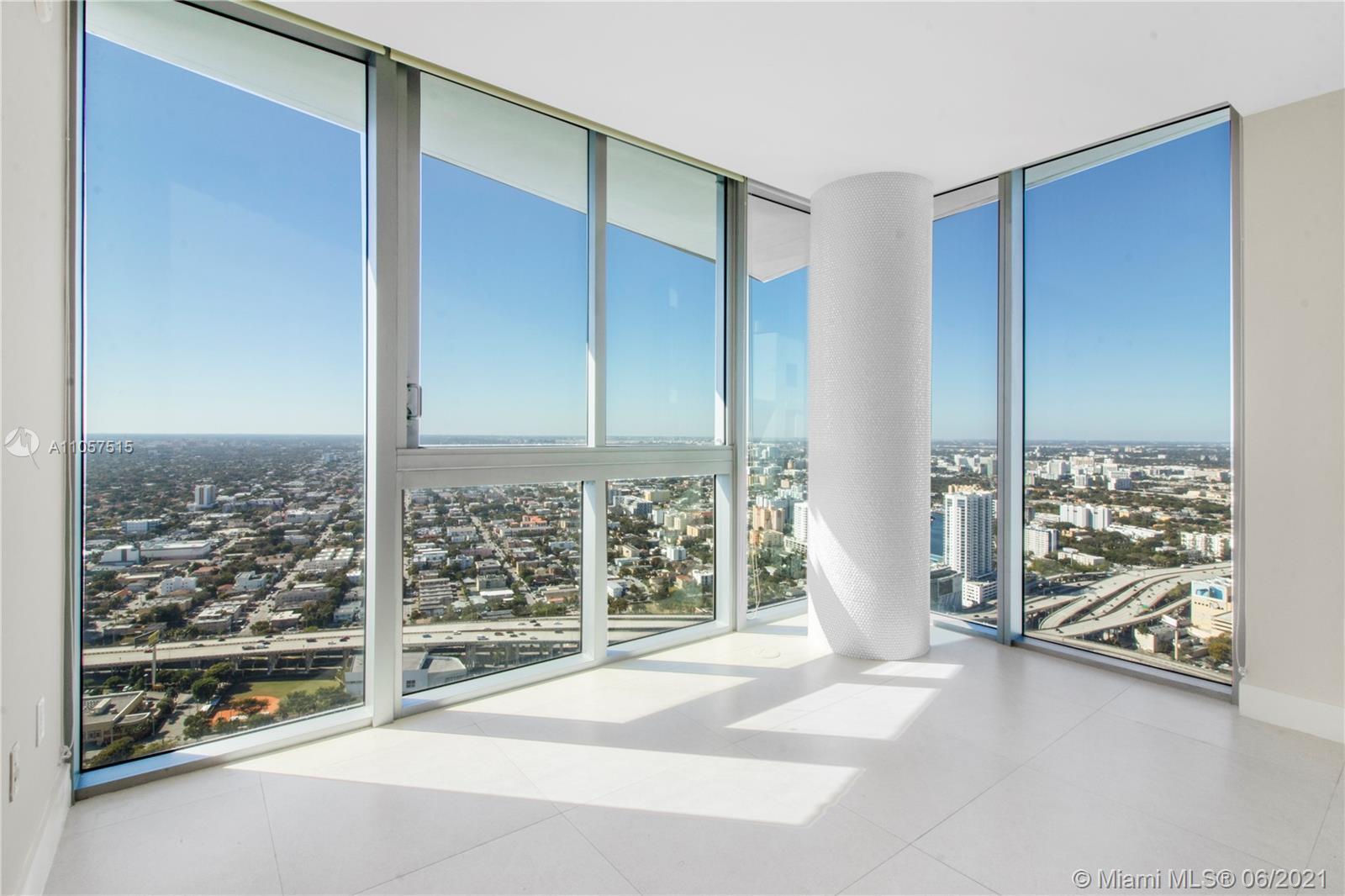Mint #5205 - 92 SW 3rd St #5205, Miami, FL 33130