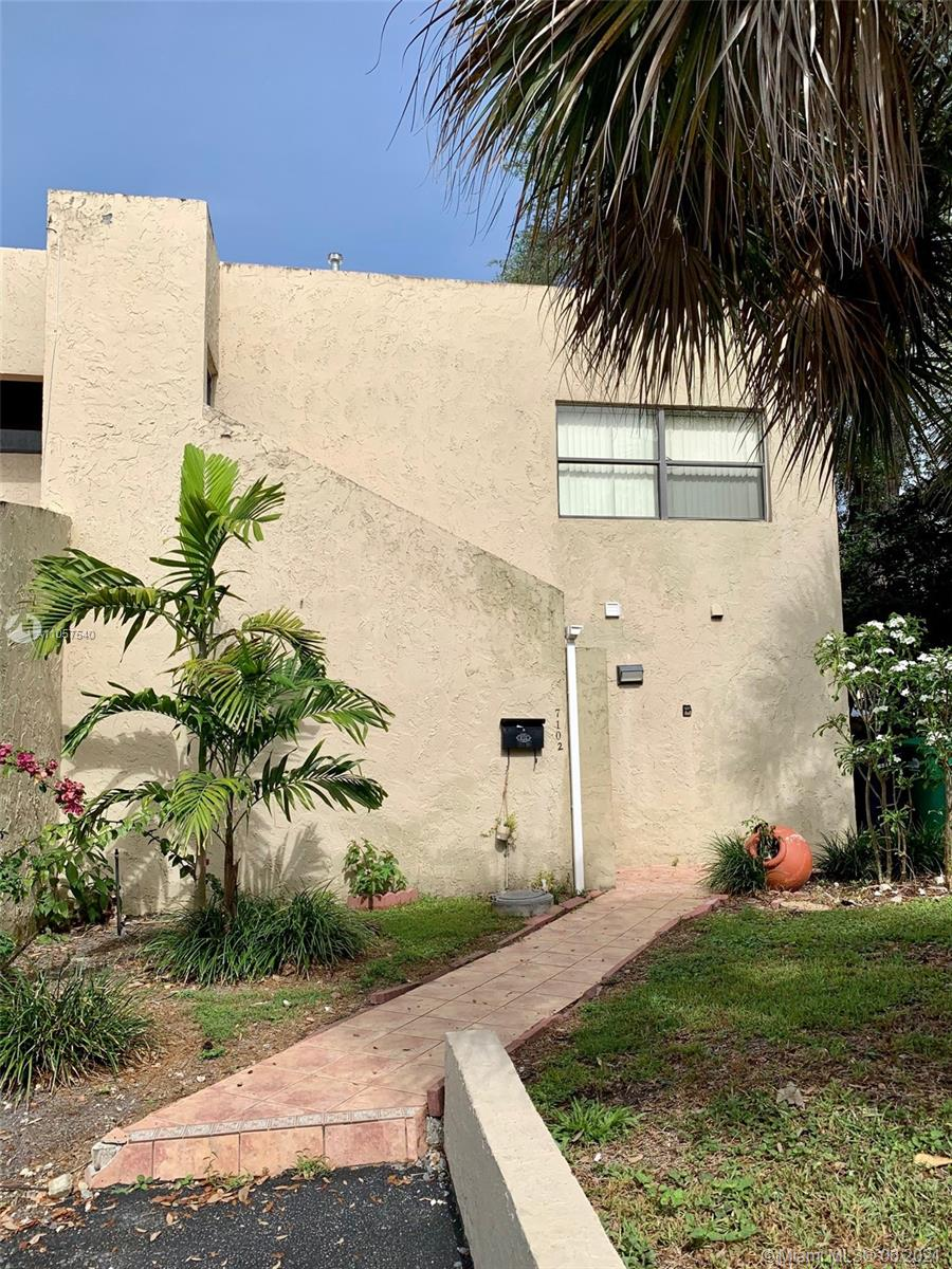 7102 SW 113th Ave photo04